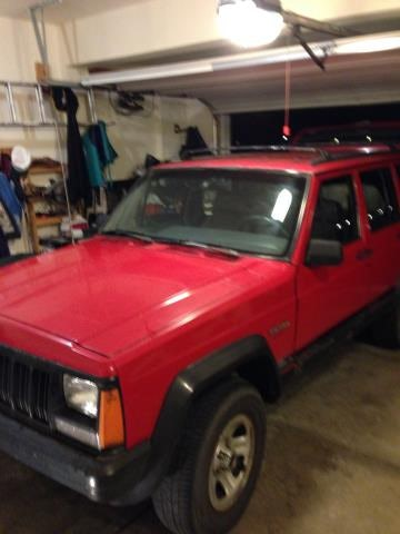 Junk 1993 Jeep Cherokee in Lewis Center