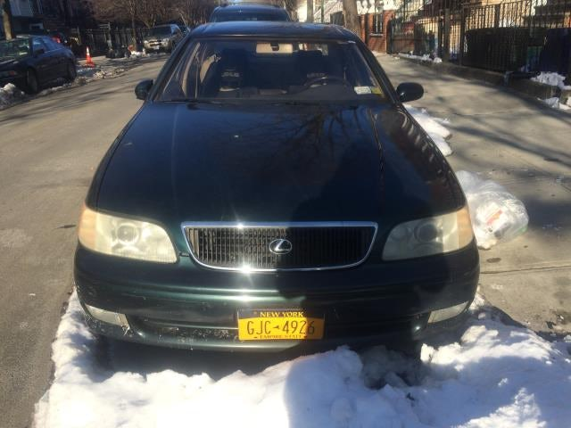 Junk 1994 Lexus GS in Brooklyn