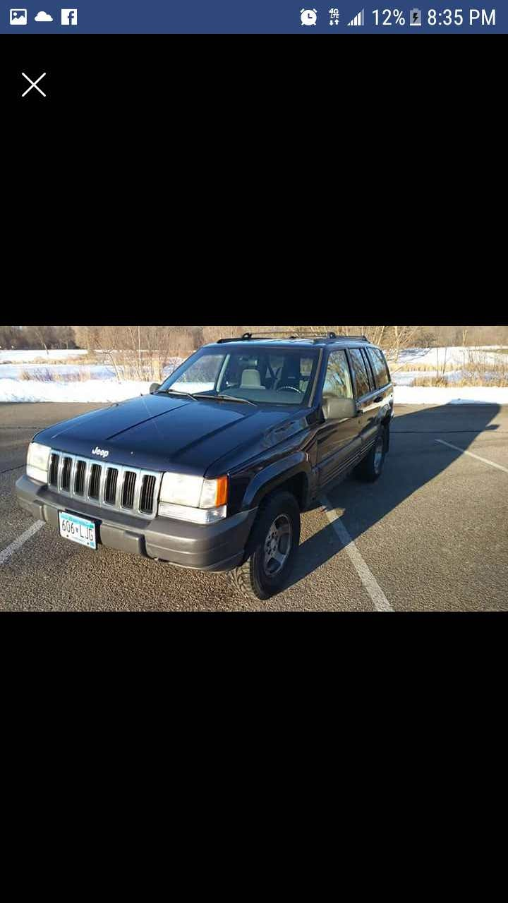 Junk 1998 Jeep Grand Cherokee in Minneapolis