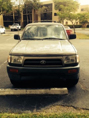 Junk 1998 Toyota 4Runner in Miami