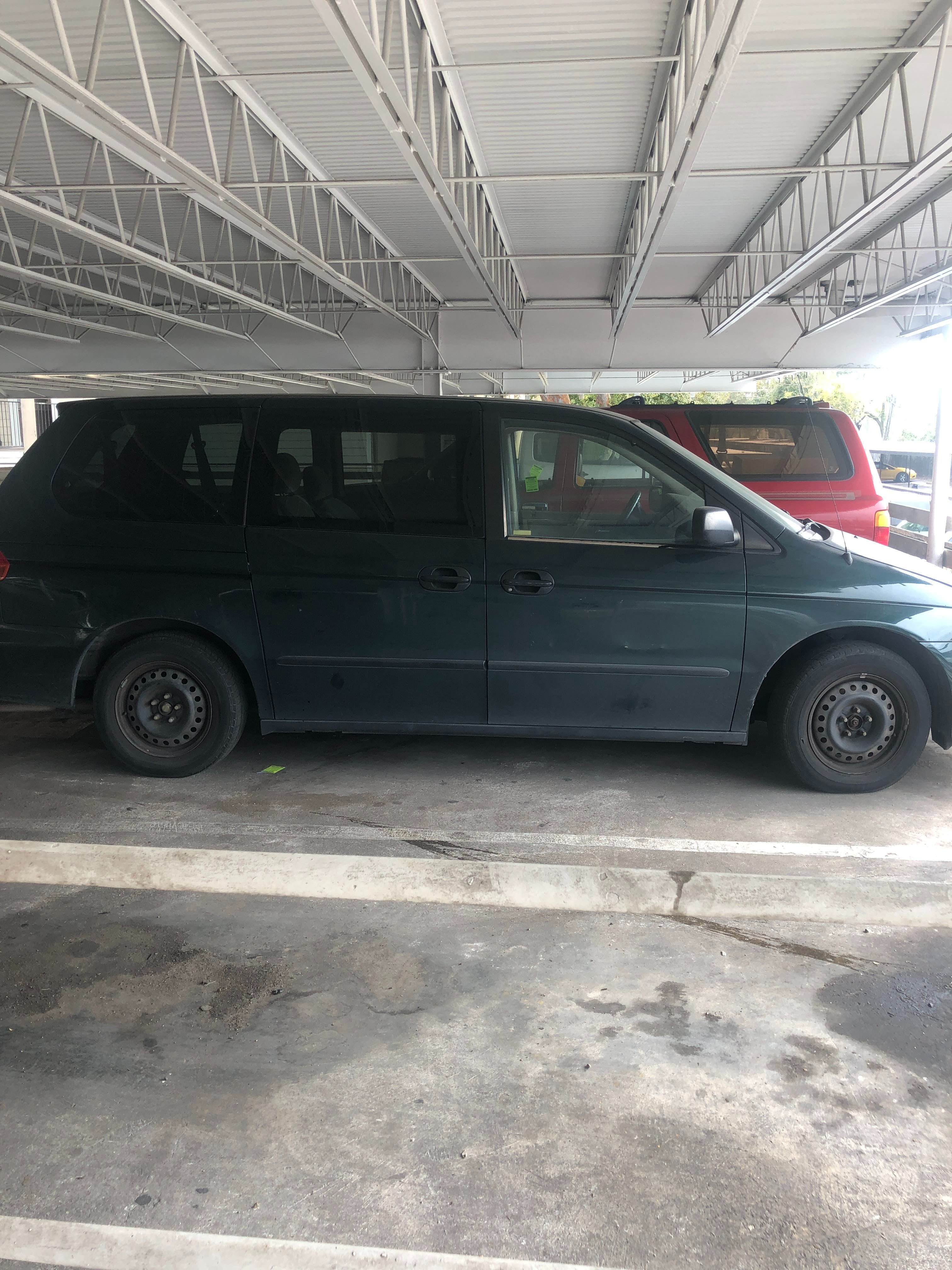 Junk 2000 Honda Odyssey in Houston