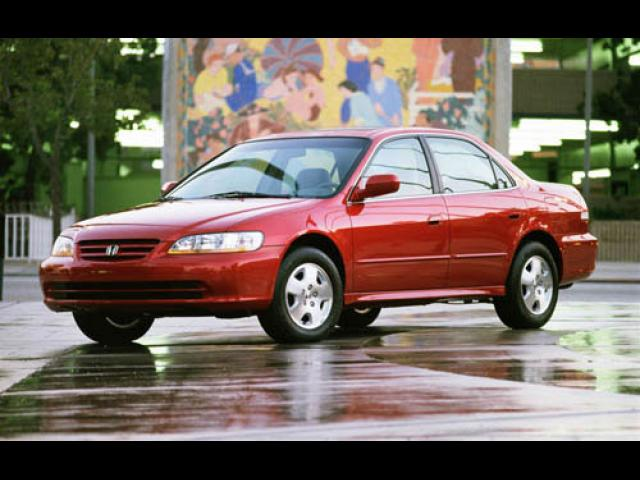 Junk 2001 Honda Accord in Orange