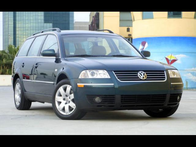 Junk 2002 Volkswagen Passat in Houston
