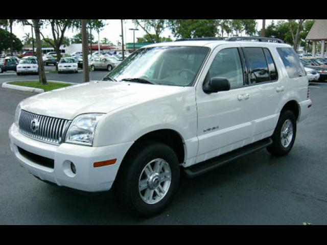 Junk 2003 Mercury Mountaineer in Fort Worth