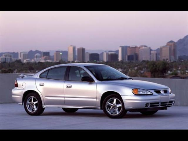 Junk 2003 Pontiac Grand Am in Fresno