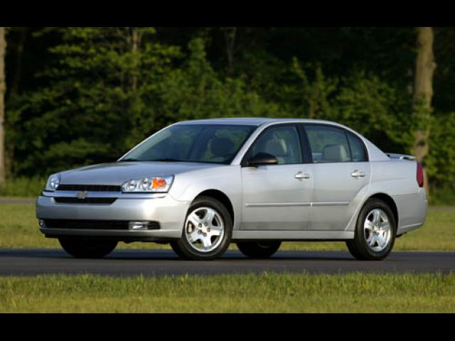 Junk 2004 Chevrolet Malibu in Raleigh