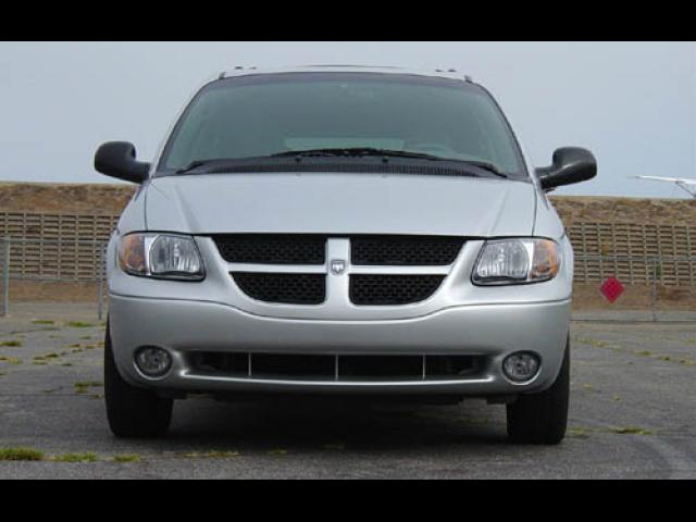 Junk 2004 Dodge Grand Caravan in Whitefish