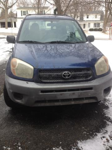 Junk 2004 Toyota Rav4 in Milwaukee
