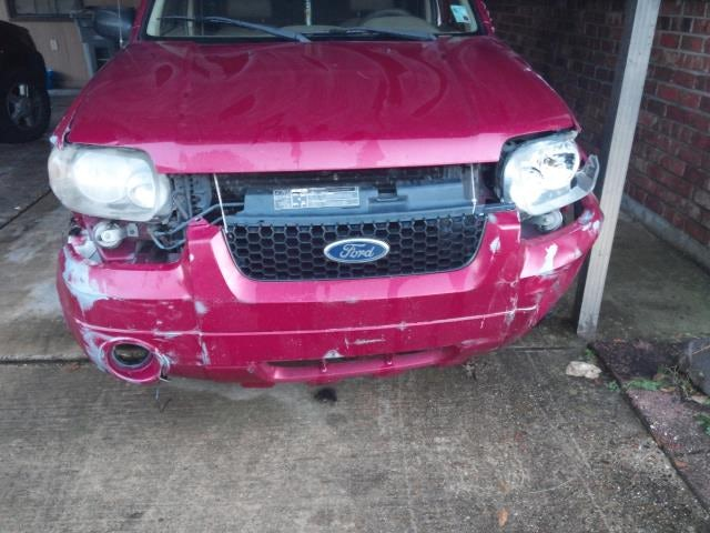 Junk 2005 Ford Escape in Baton Rouge