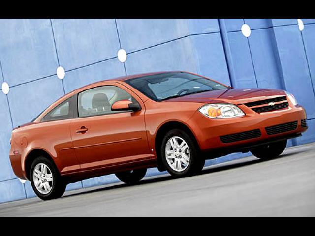Junk 2007 Chevrolet Cobalt in Los Angeles