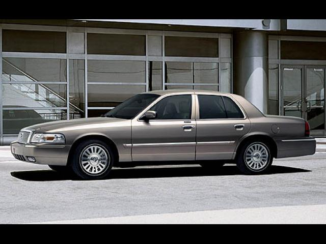 Junk 2007 Mercury Grand Marquis in Austin
