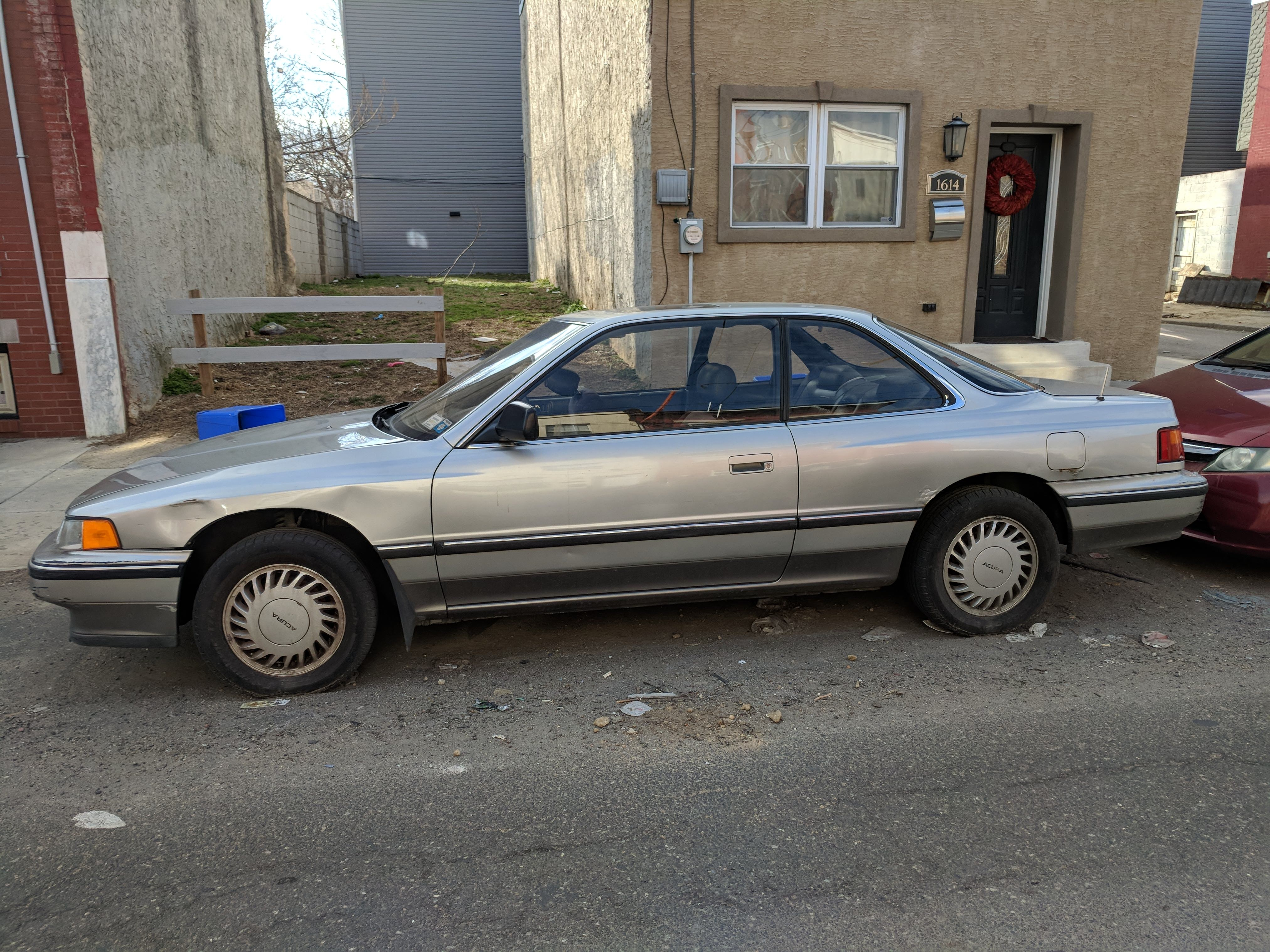 Junk 1988 Acura Legend in Philadelphia