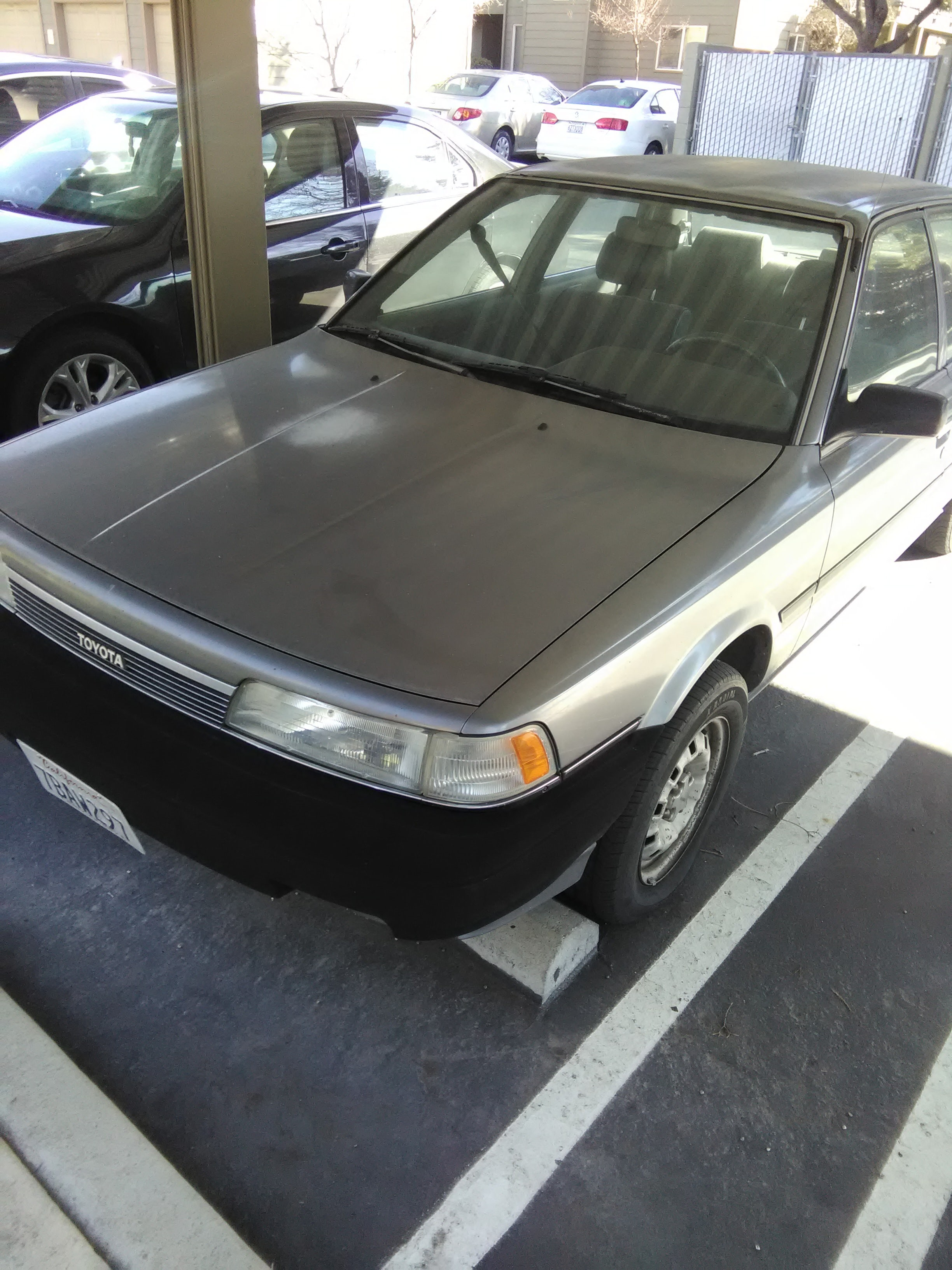 Junk 1990 Toyota Camry in Roseville