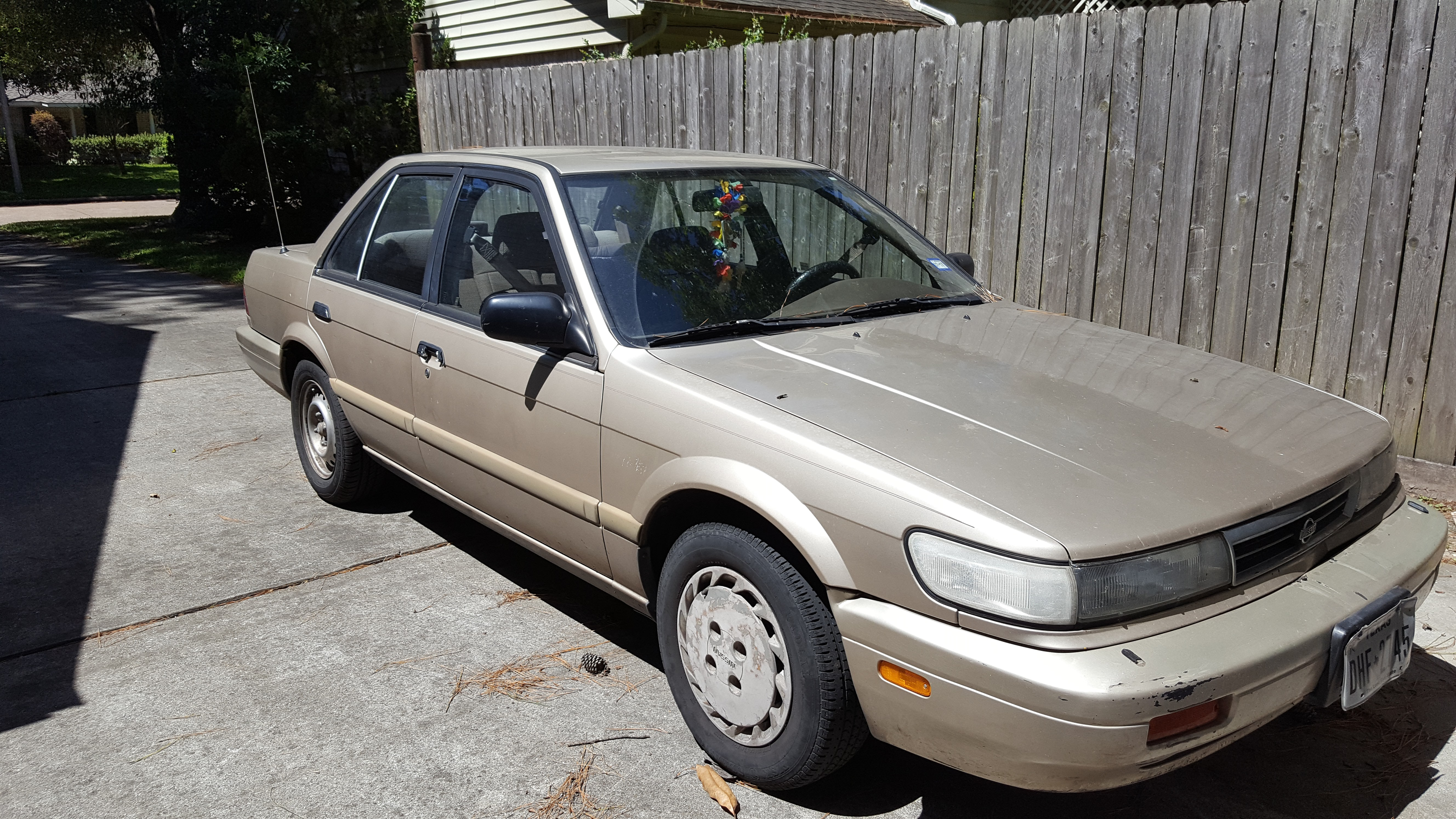 Junk 1992 Nissan Stanza in Houston