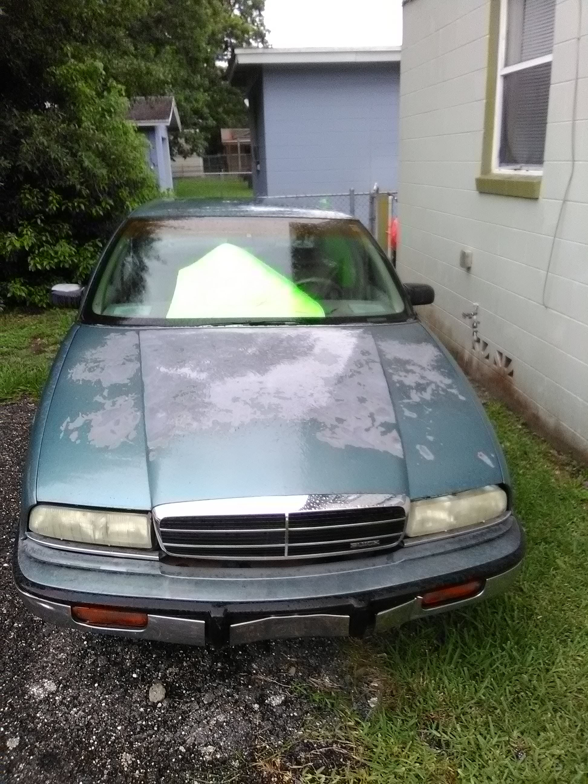 Junk 1993 Buick Regal in Jacksonville