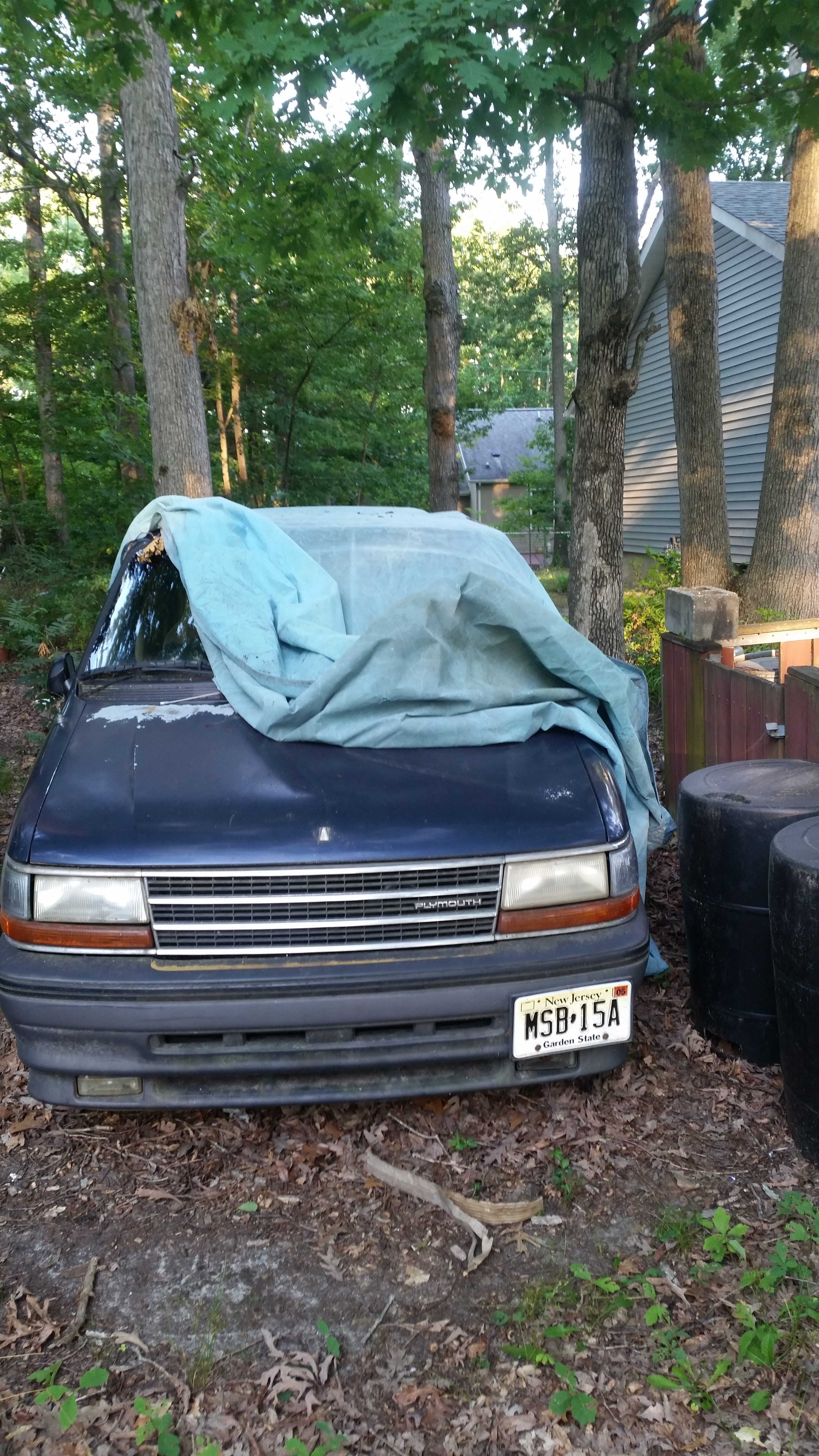 Junk 1993 Plymouth Voyager in Browns Mills