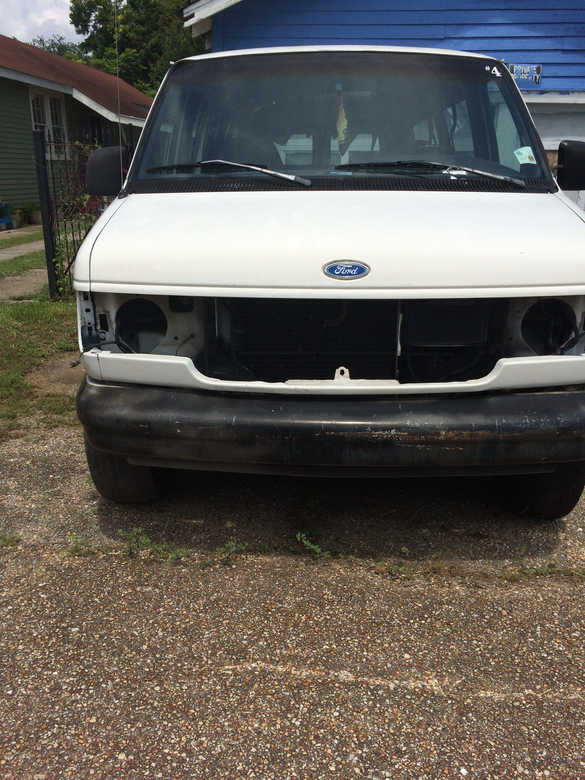 Junk 1994 Ford Econoline in New Orleans