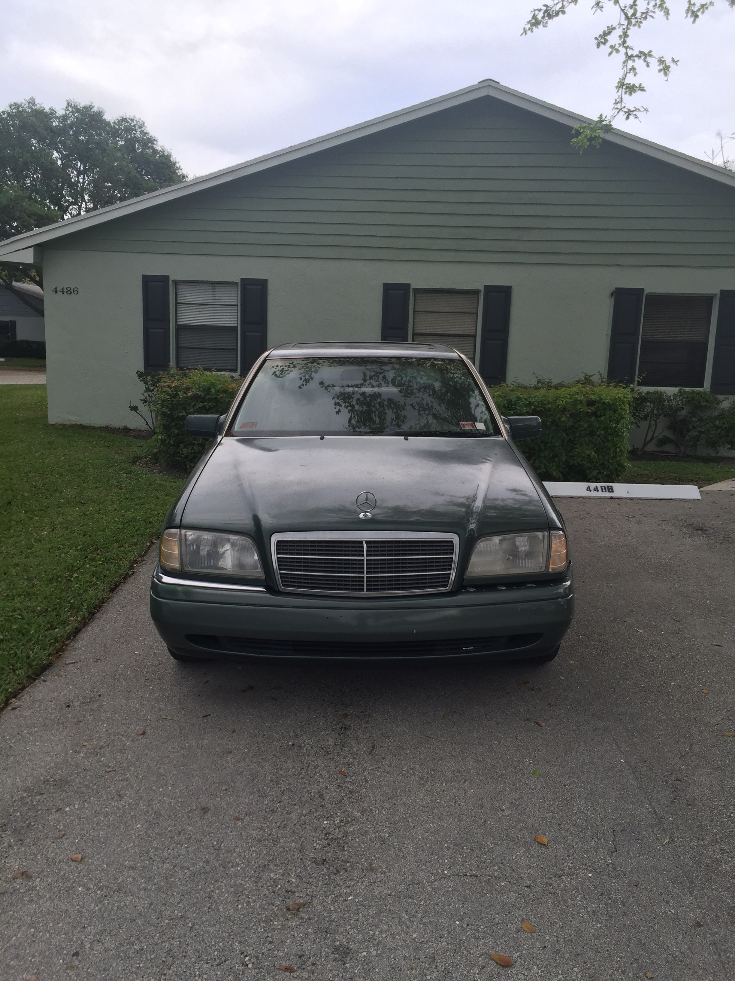 Junk 1994 Mercedes-Benz C in Lake Worth