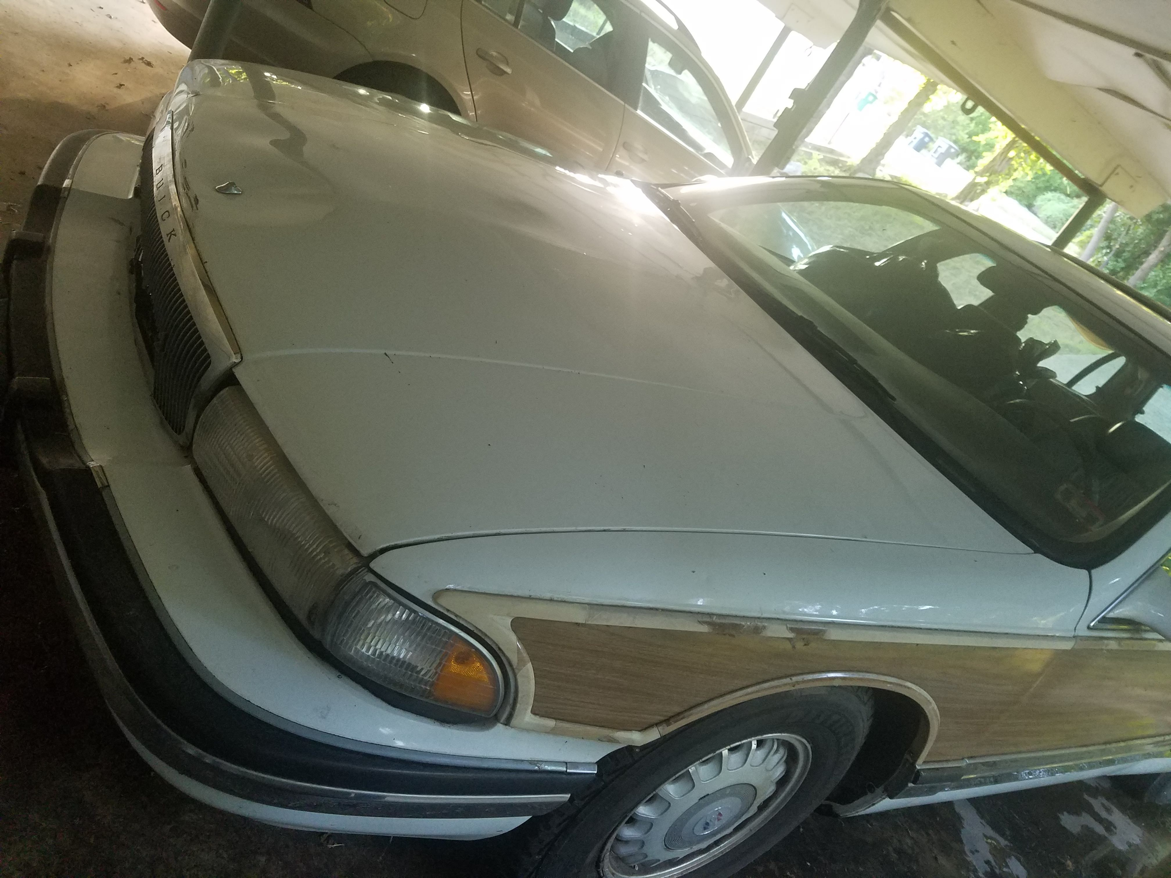 Junk 1995 Buick Roadmaster in Fort Worth