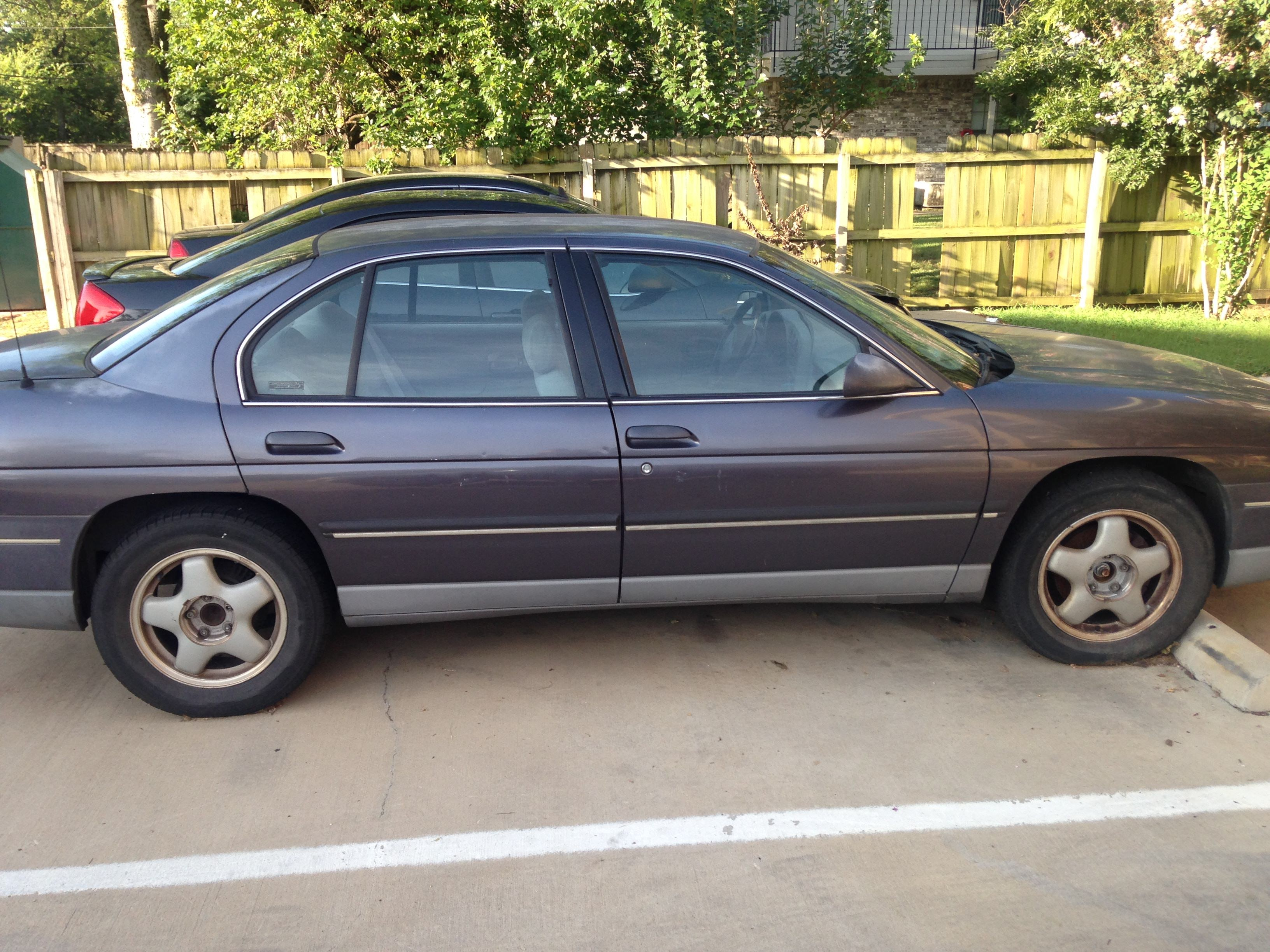 Junk 1995 Chevrolet Lumina in Denton