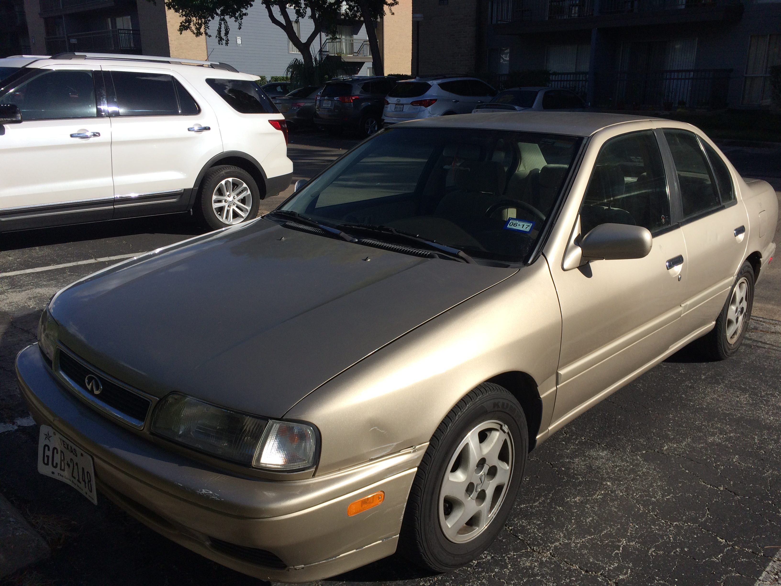 Junk 1996 Infiniti G20 in Houston