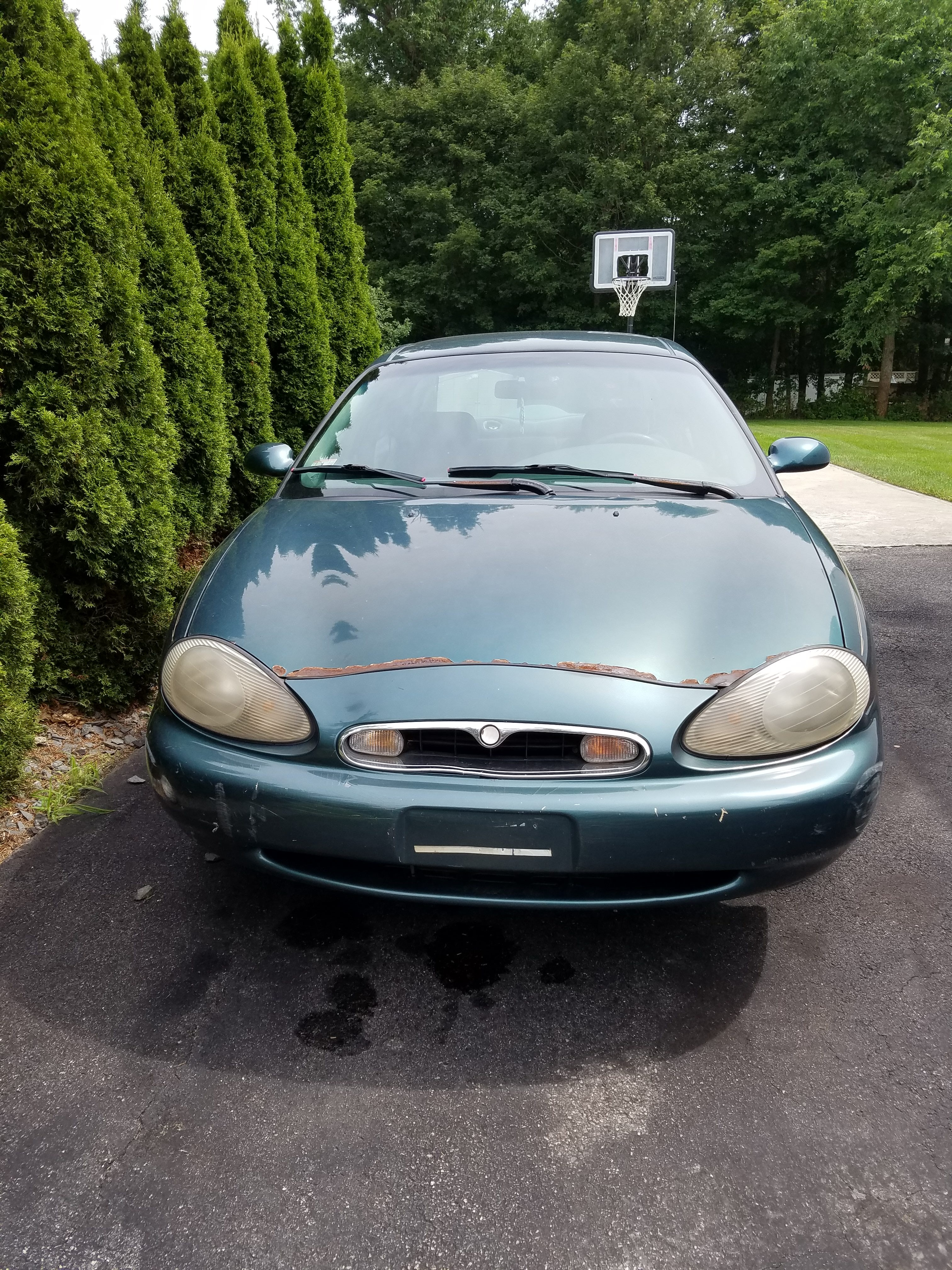 Junk 1996 Mercury Sable in Brockton