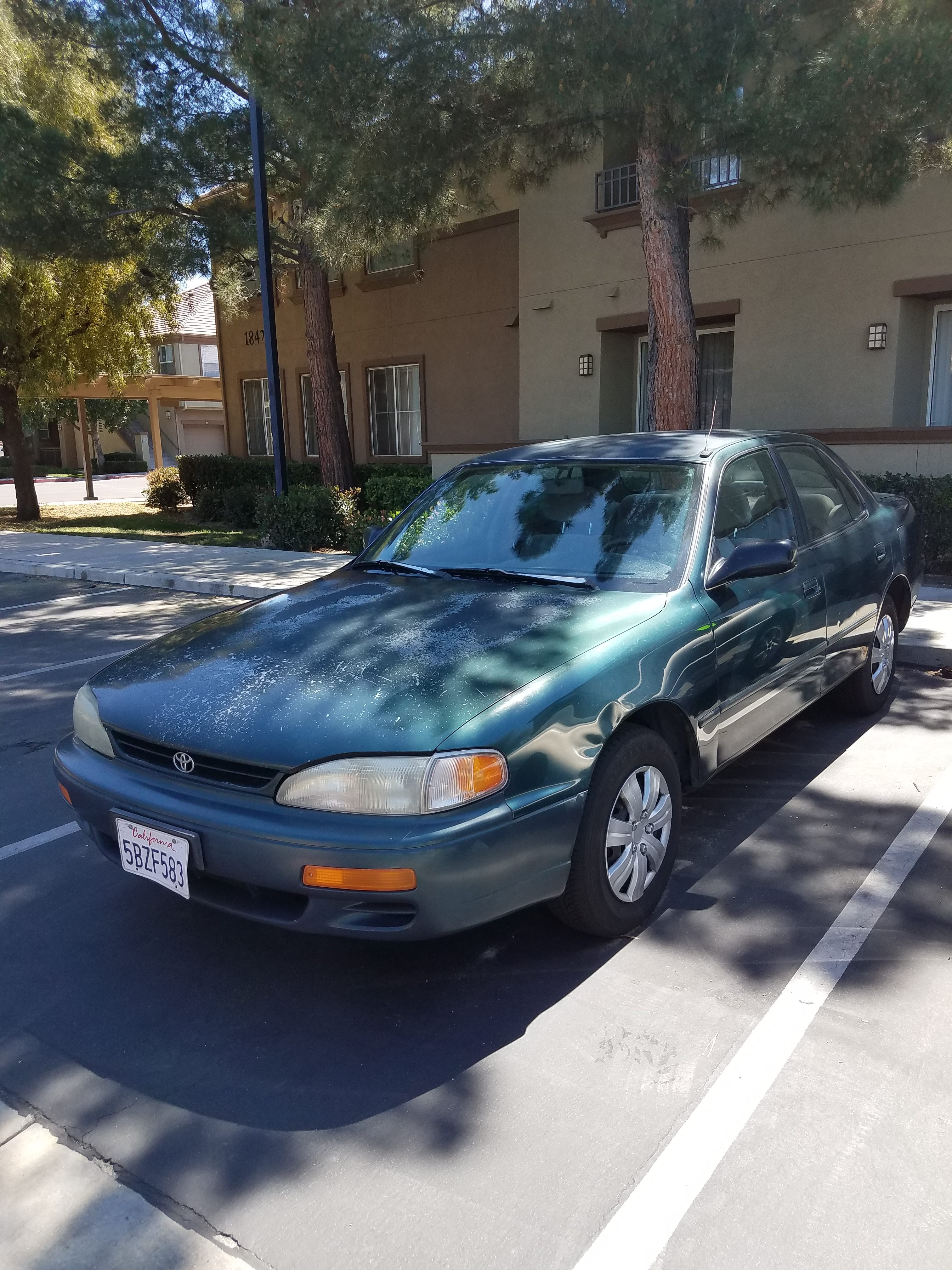Junk 1996 Toyota Camry in Canyon Country