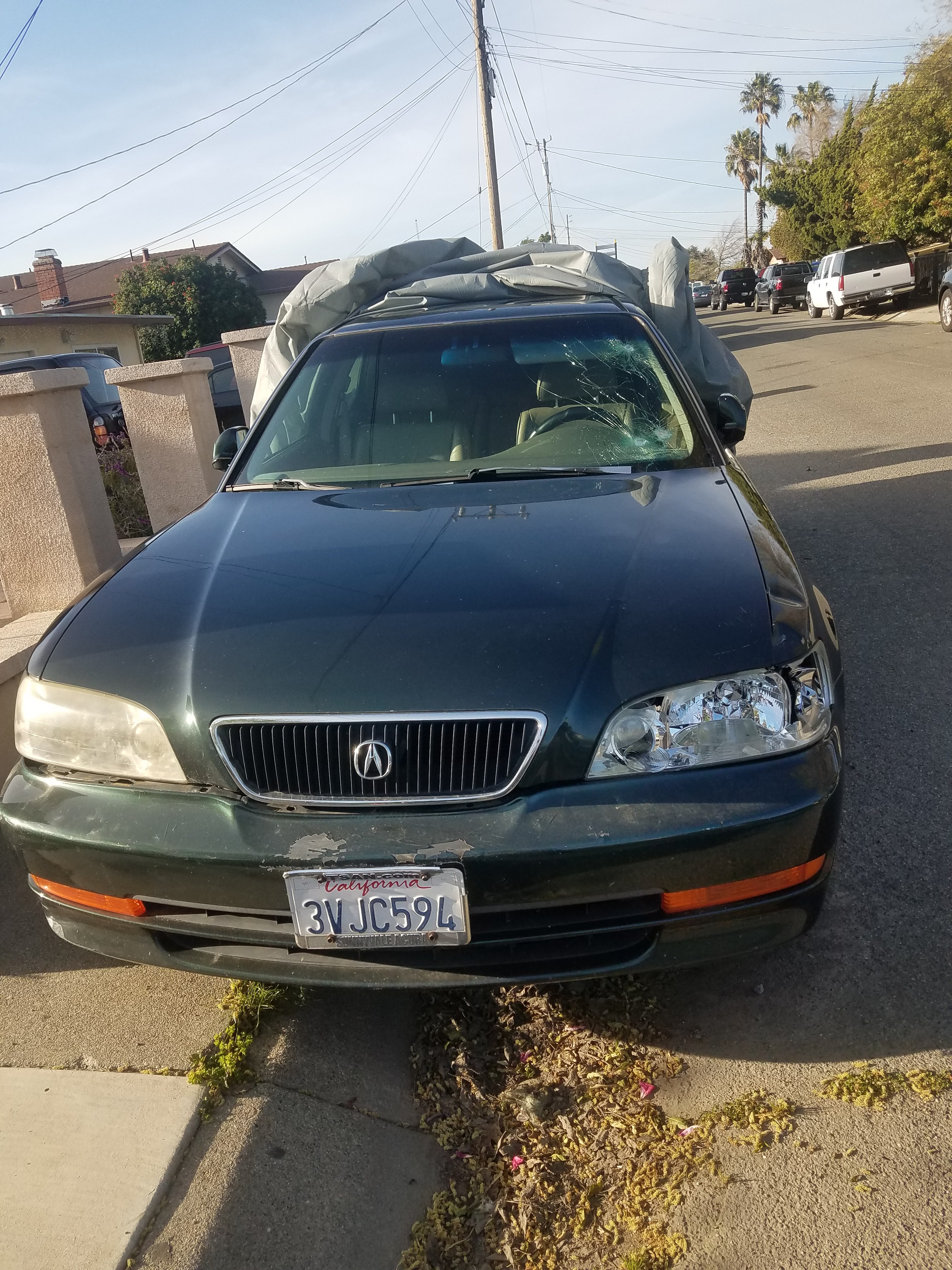 Junk 1997 Acura 3.2TL in Pittsburg