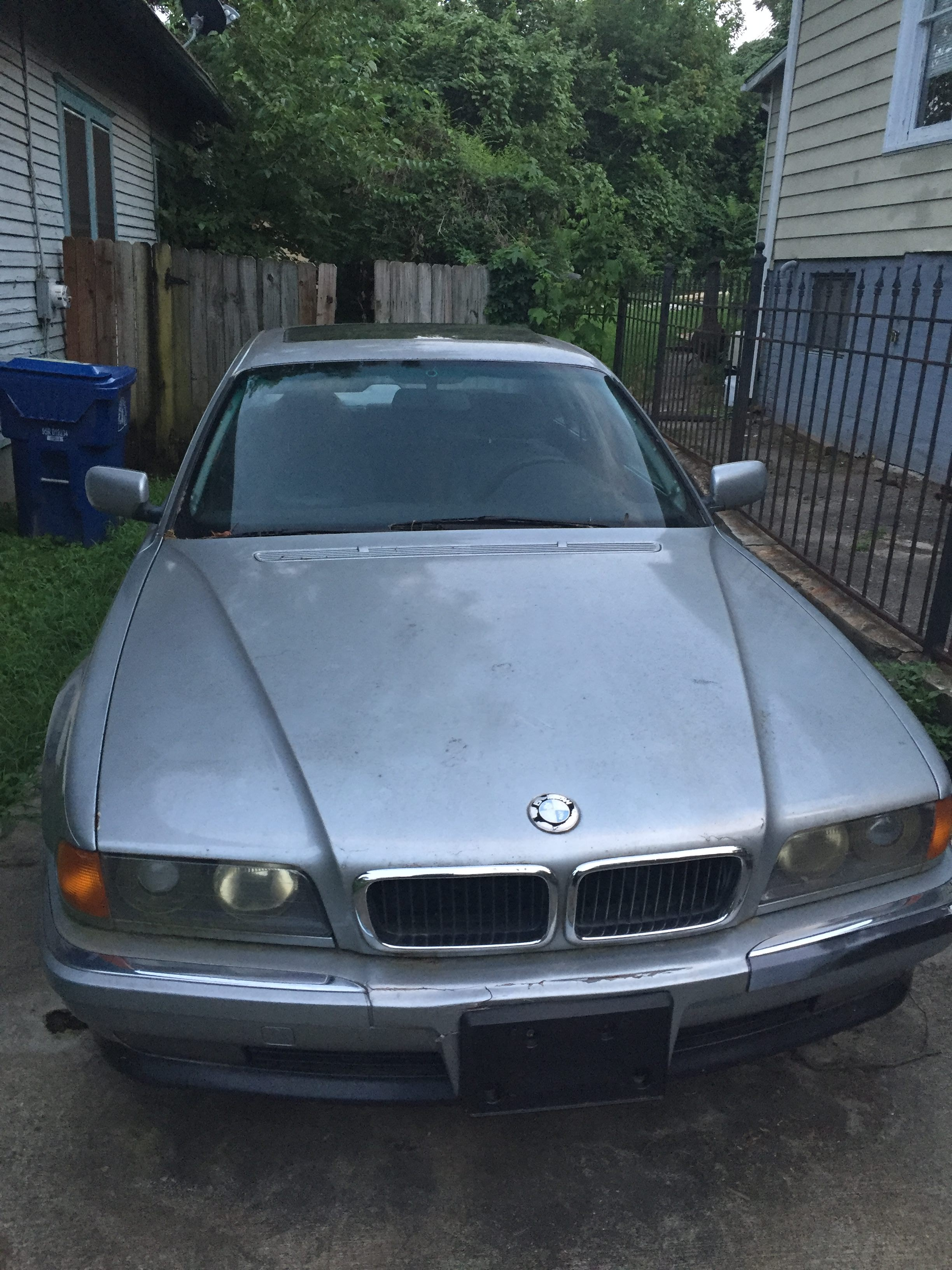 Junk 1997 BMW 740 in Atlanta