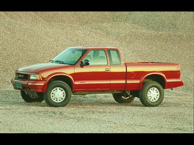 Junk 1997 GMC Sonoma in Normal