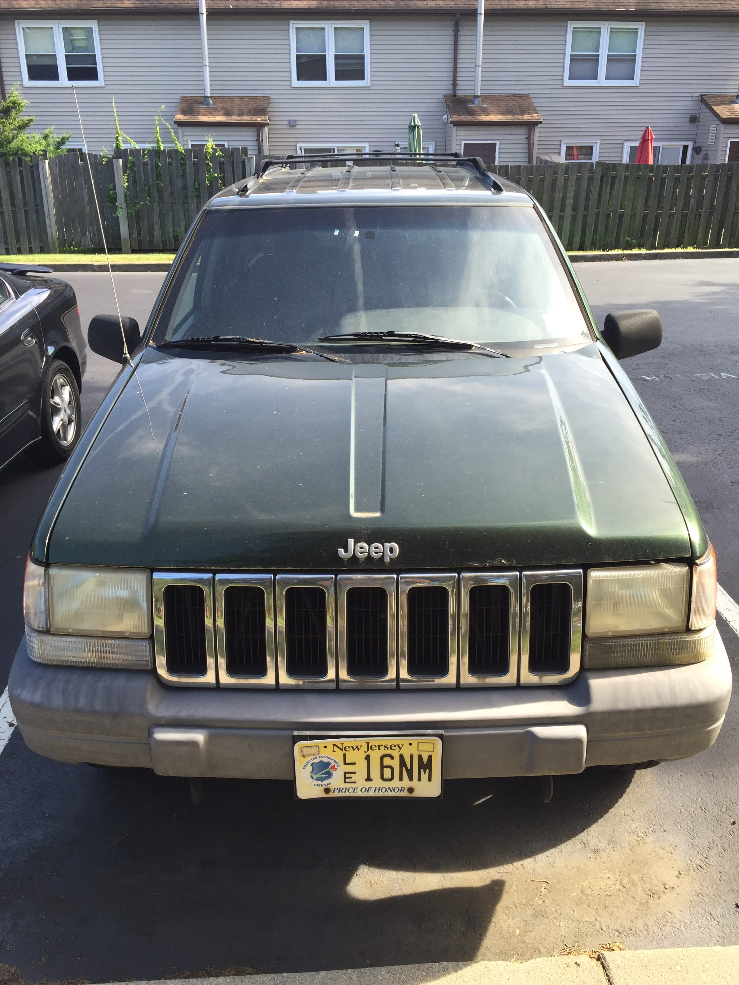 Junk 1997 Jeep Grand Cherokee in Jackson