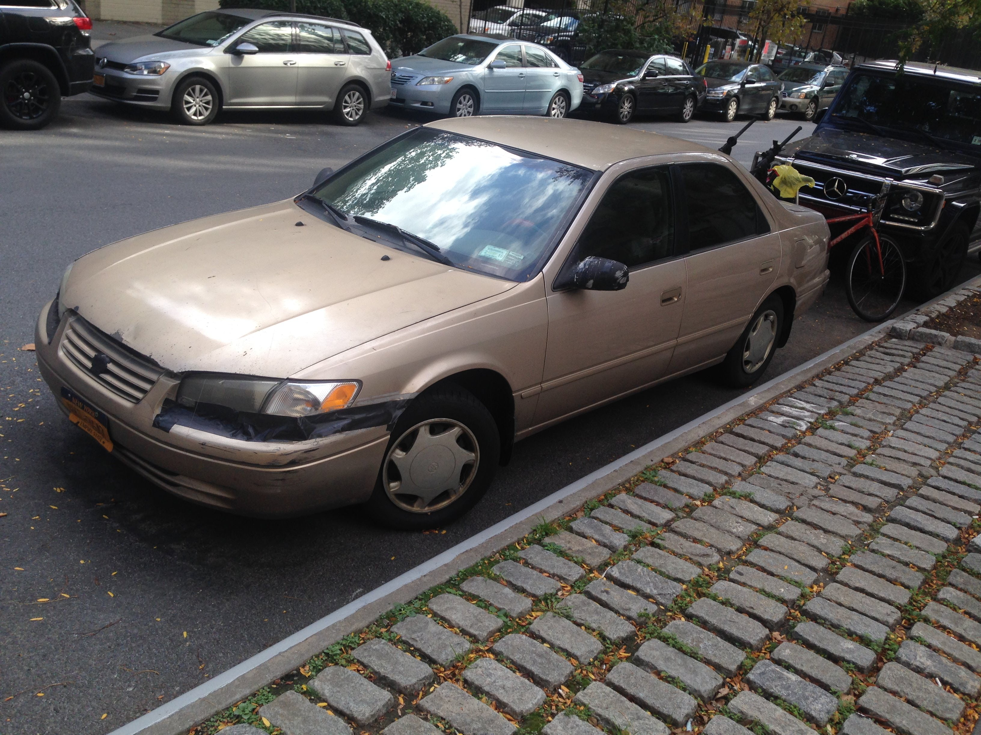 Junk 1997 Toyota Camry in New York