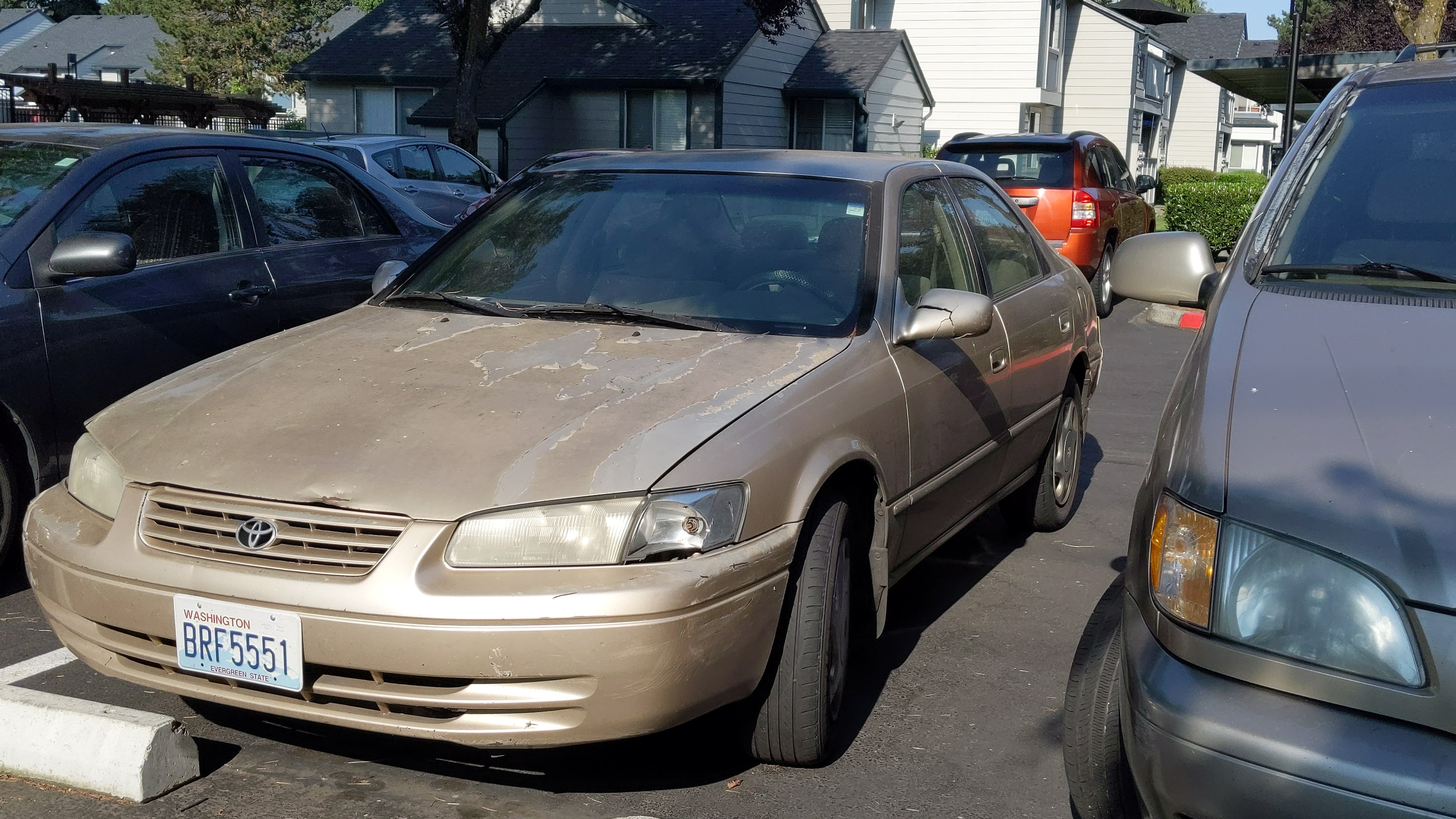 Junk 1997 Toyota Camry in Vancouver