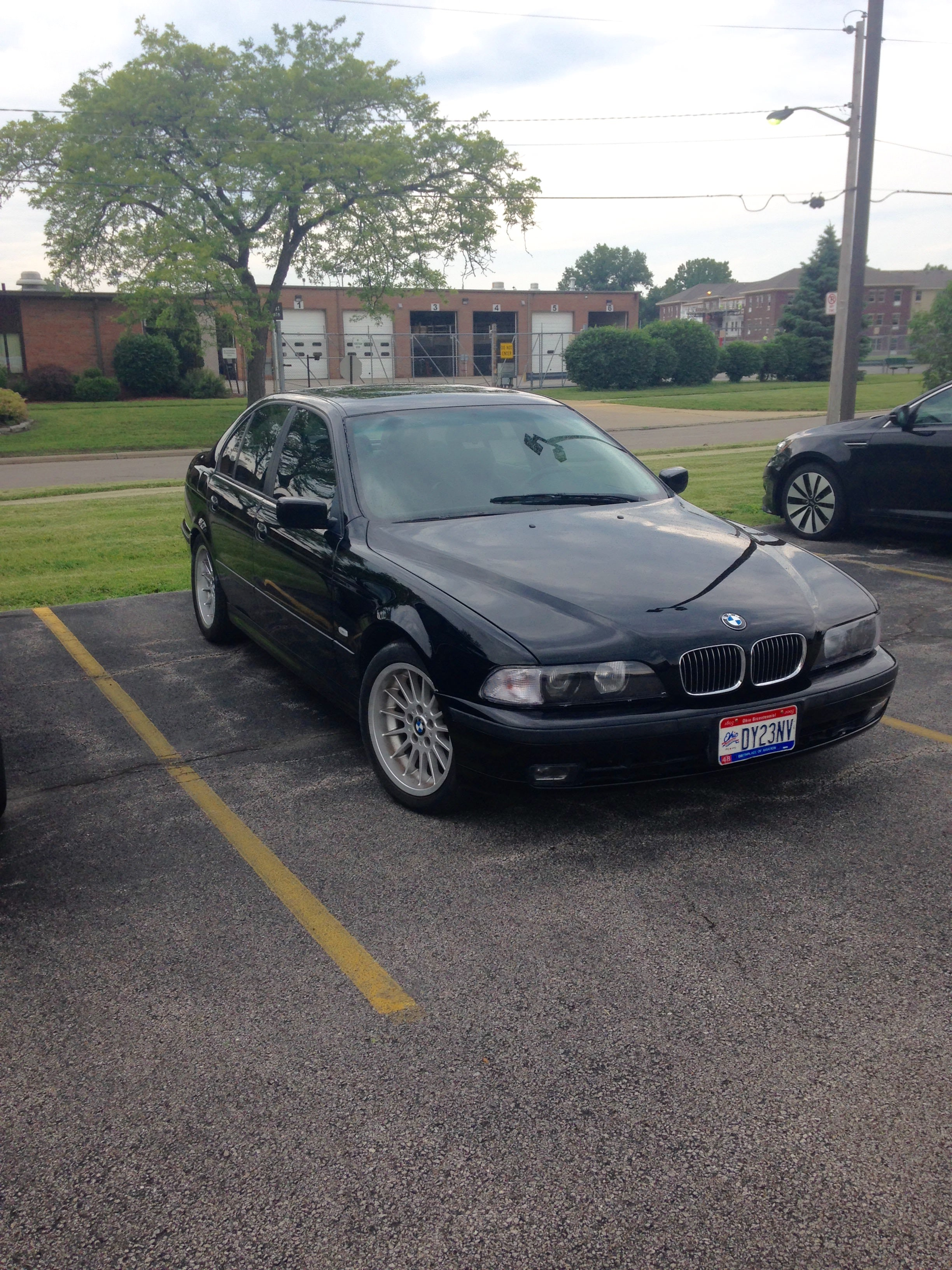 Junk 1999 BMW 540 in Maumee