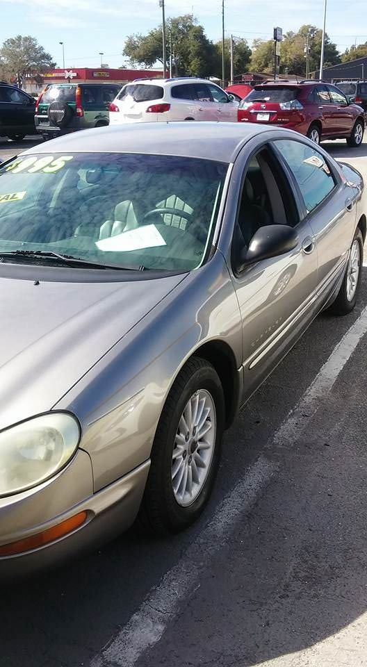 Junk 1999 Chrysler Concorde in Lithia