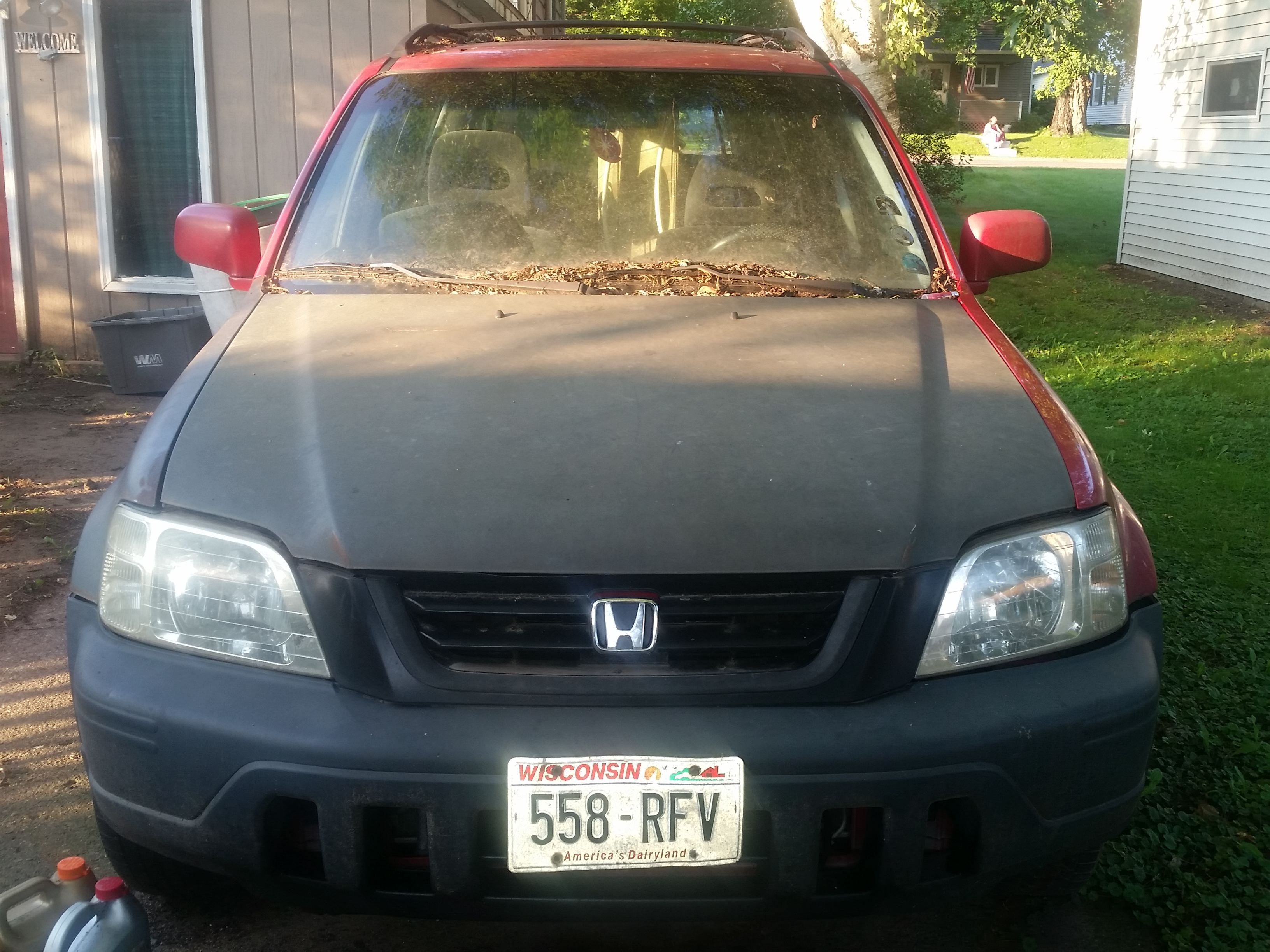 Junk 1999 Honda CR-V in Clear Lake