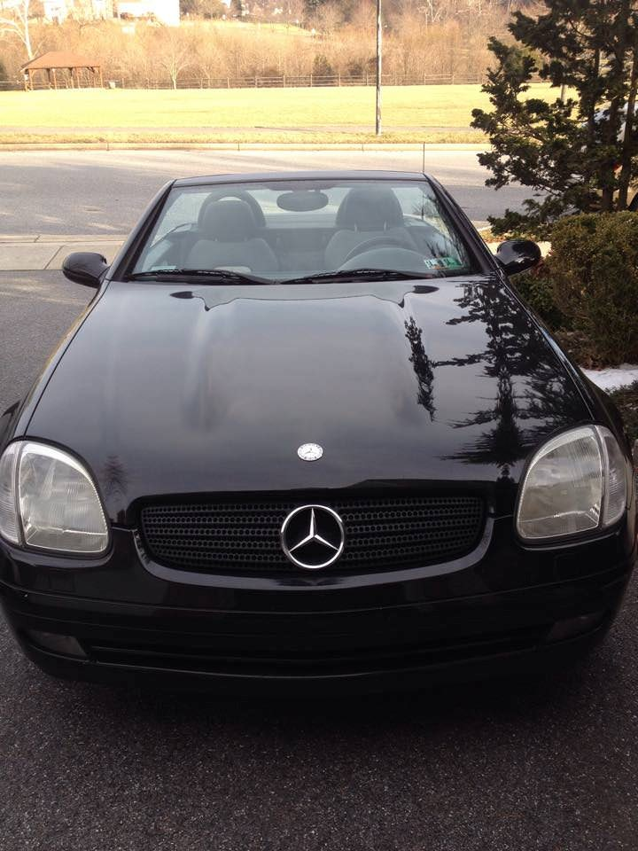 Junk 1999 Mercedes-Benz SLK in Frederick