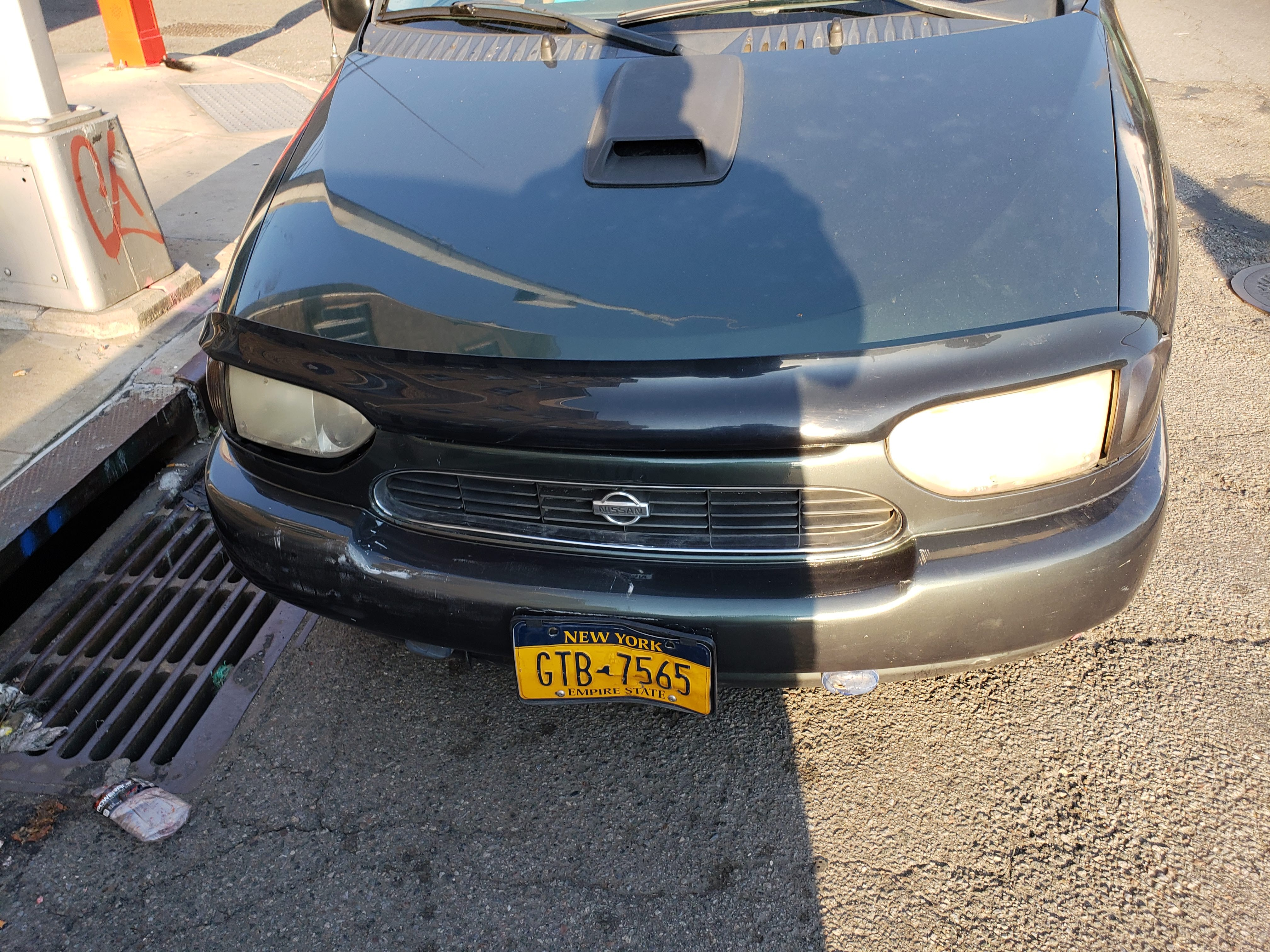 Junk 1999 Nissan Quest in Brooklyn