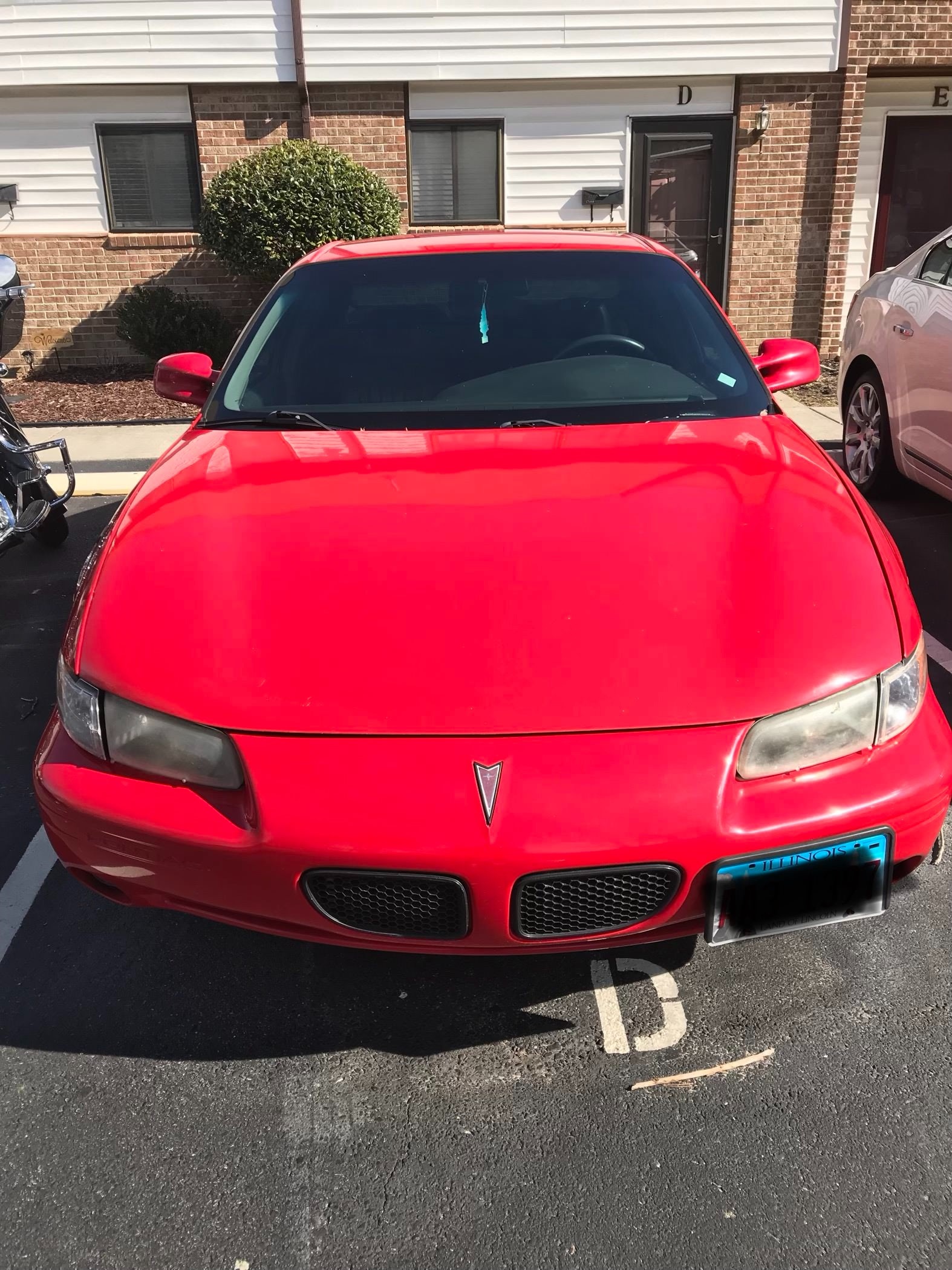 Junk 1999 Pontiac Grand Prix in Newport News