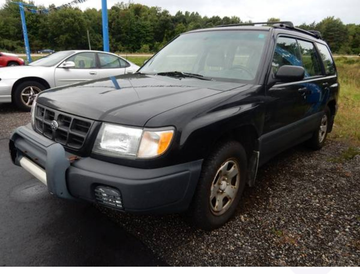 Junk 1999 Subaru Forester in Kent City