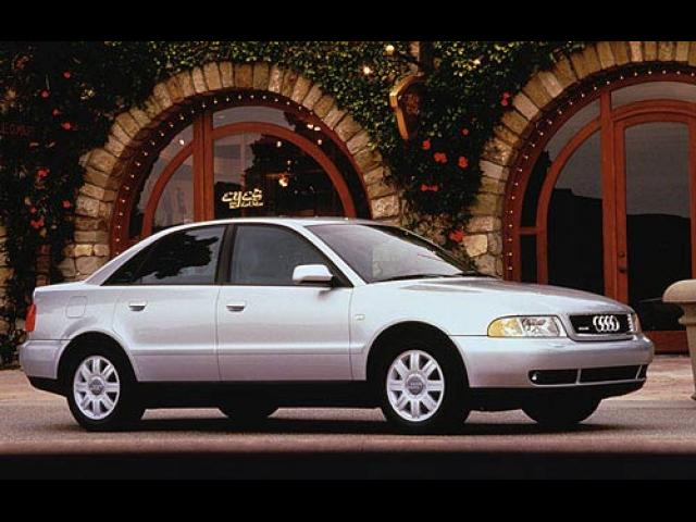 Junk 2000 Audi A4 in Canyon Country