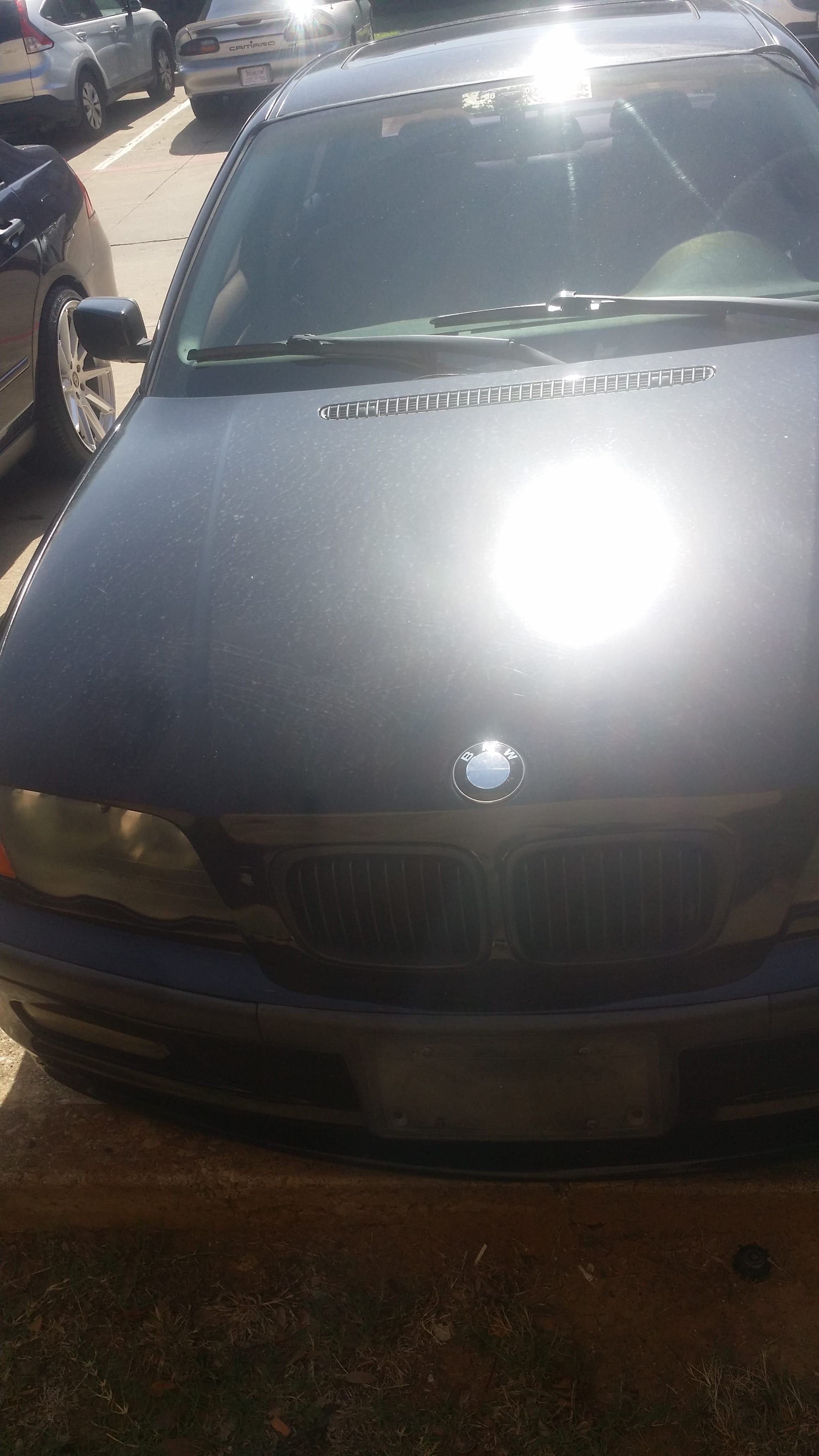 Junk 2000 BMW 323 in North Richland Hills