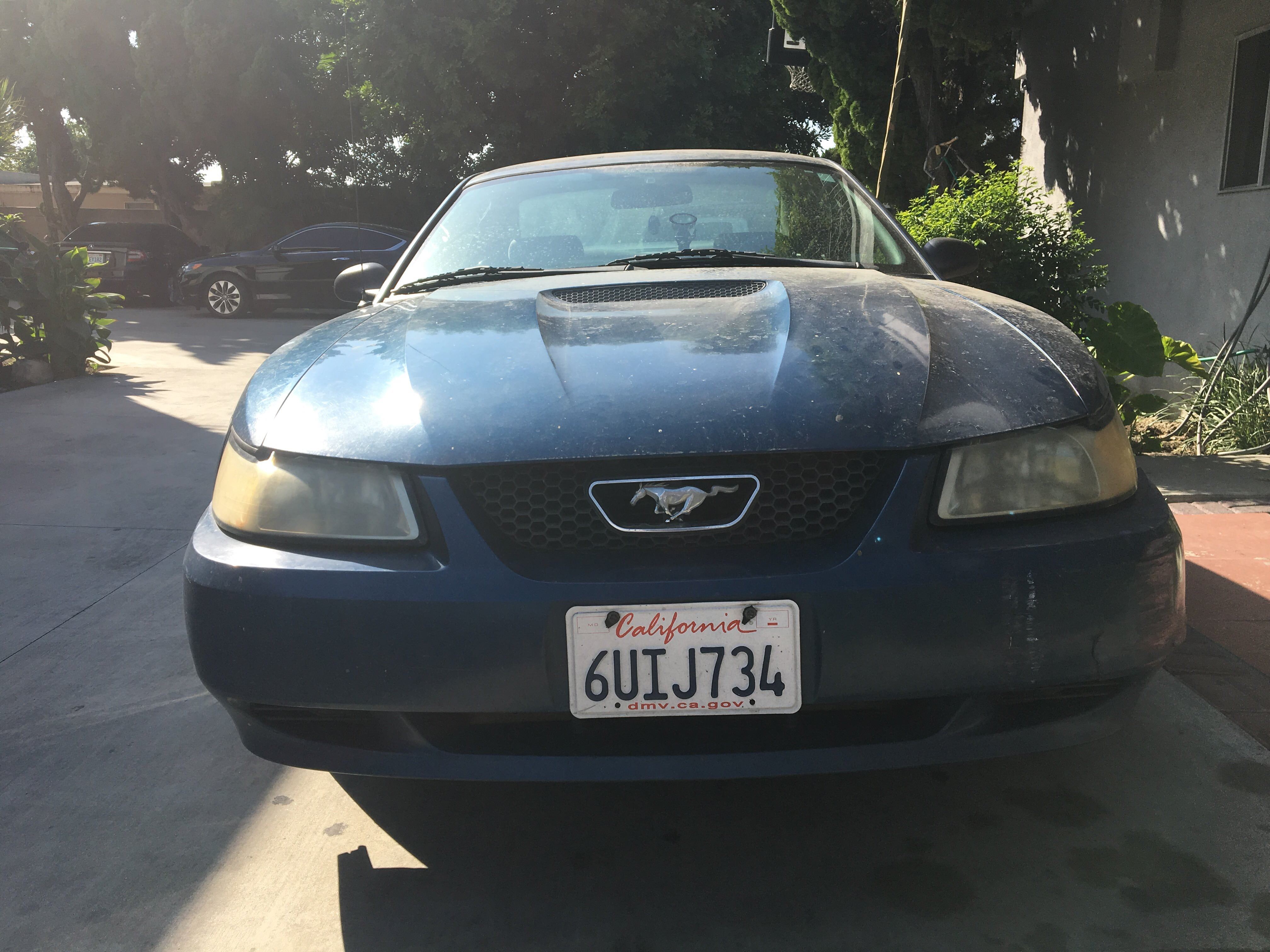 Junk 2000 Ford Mustang in Garden Grove