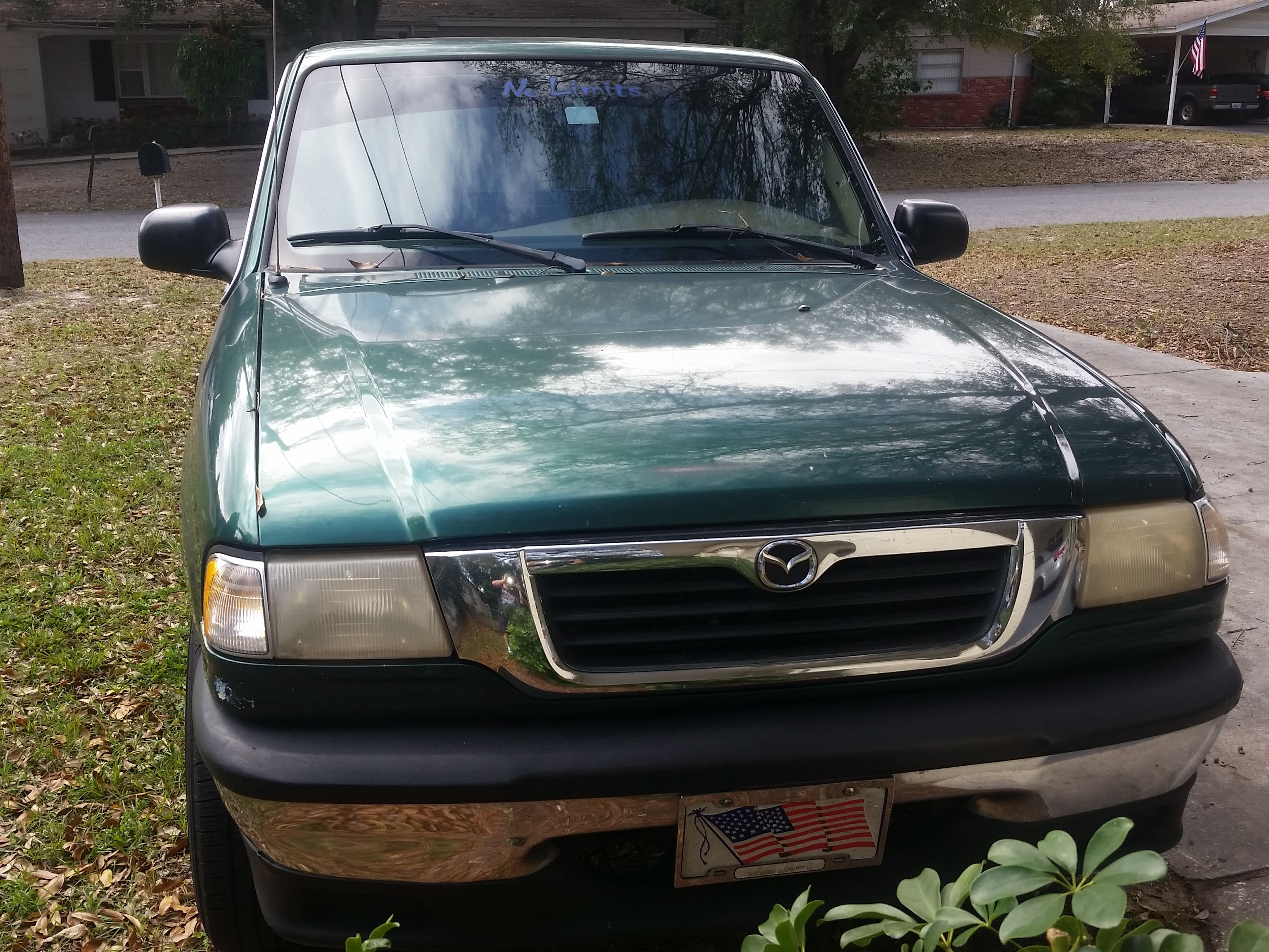 Junk 2000 Mazda B3000 in Winter Haven