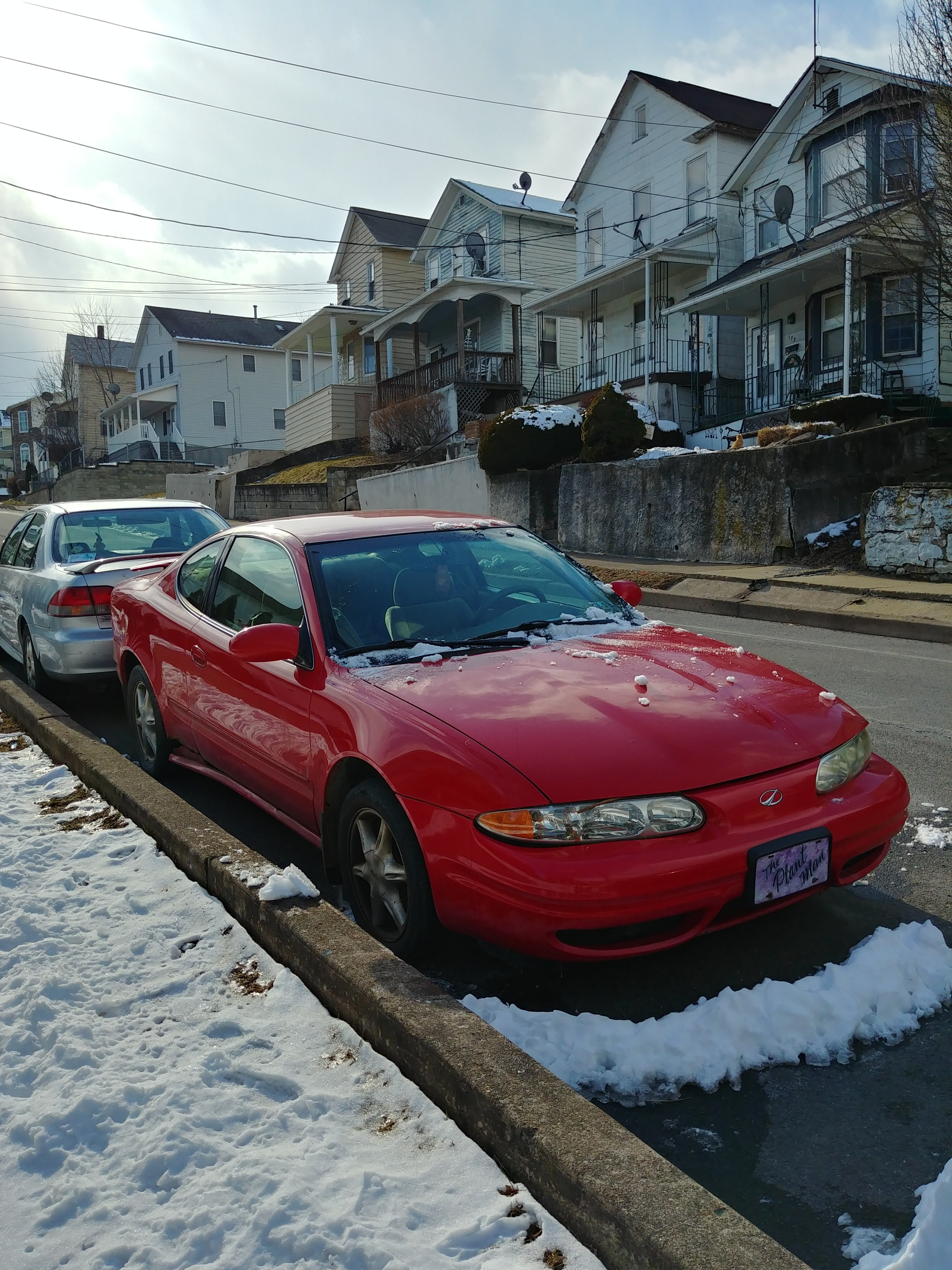 Junk 2000 Oldsmobile Alero in Kingston