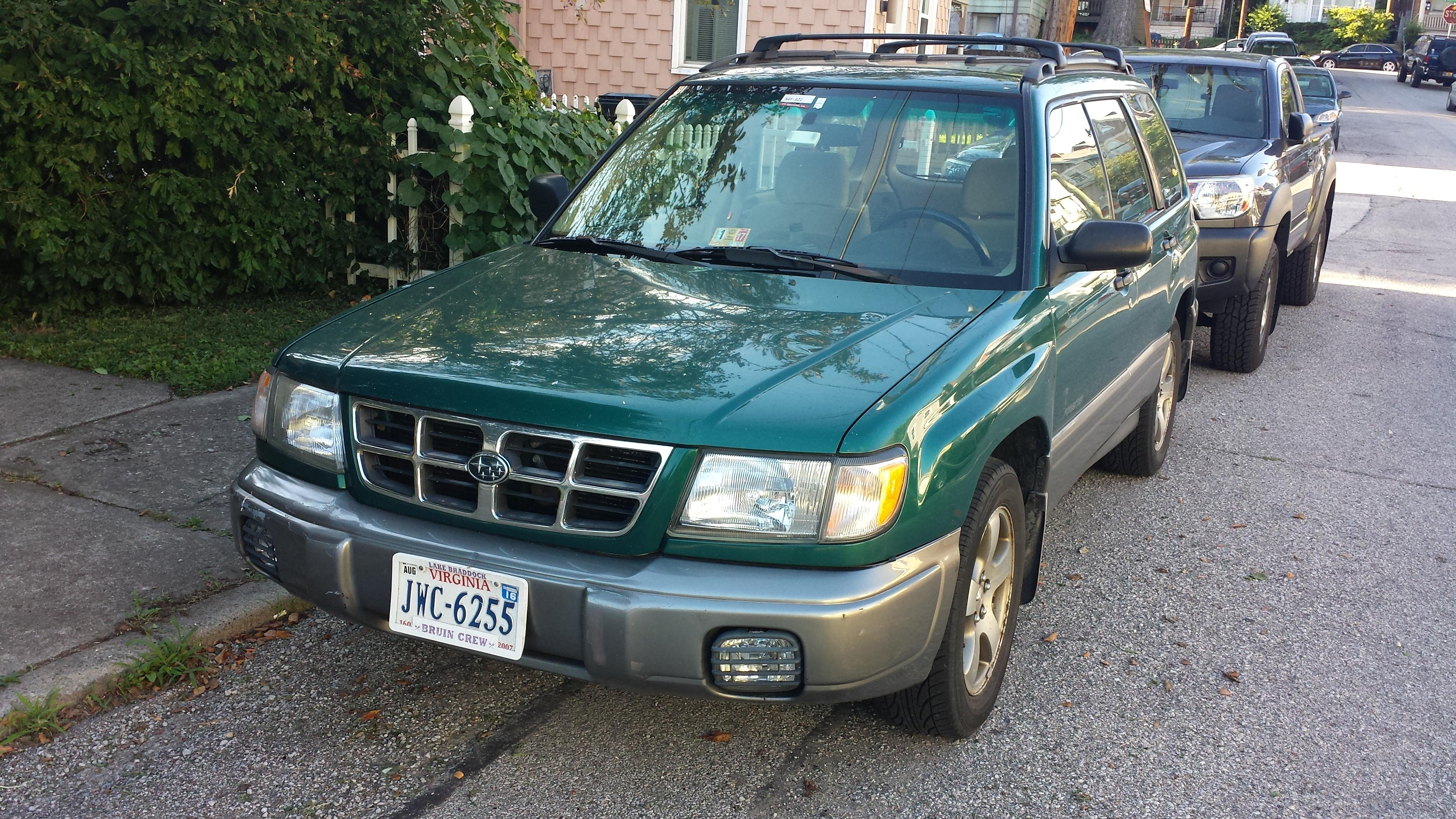 Junk 2000 Subaru Forester in Cincinnati