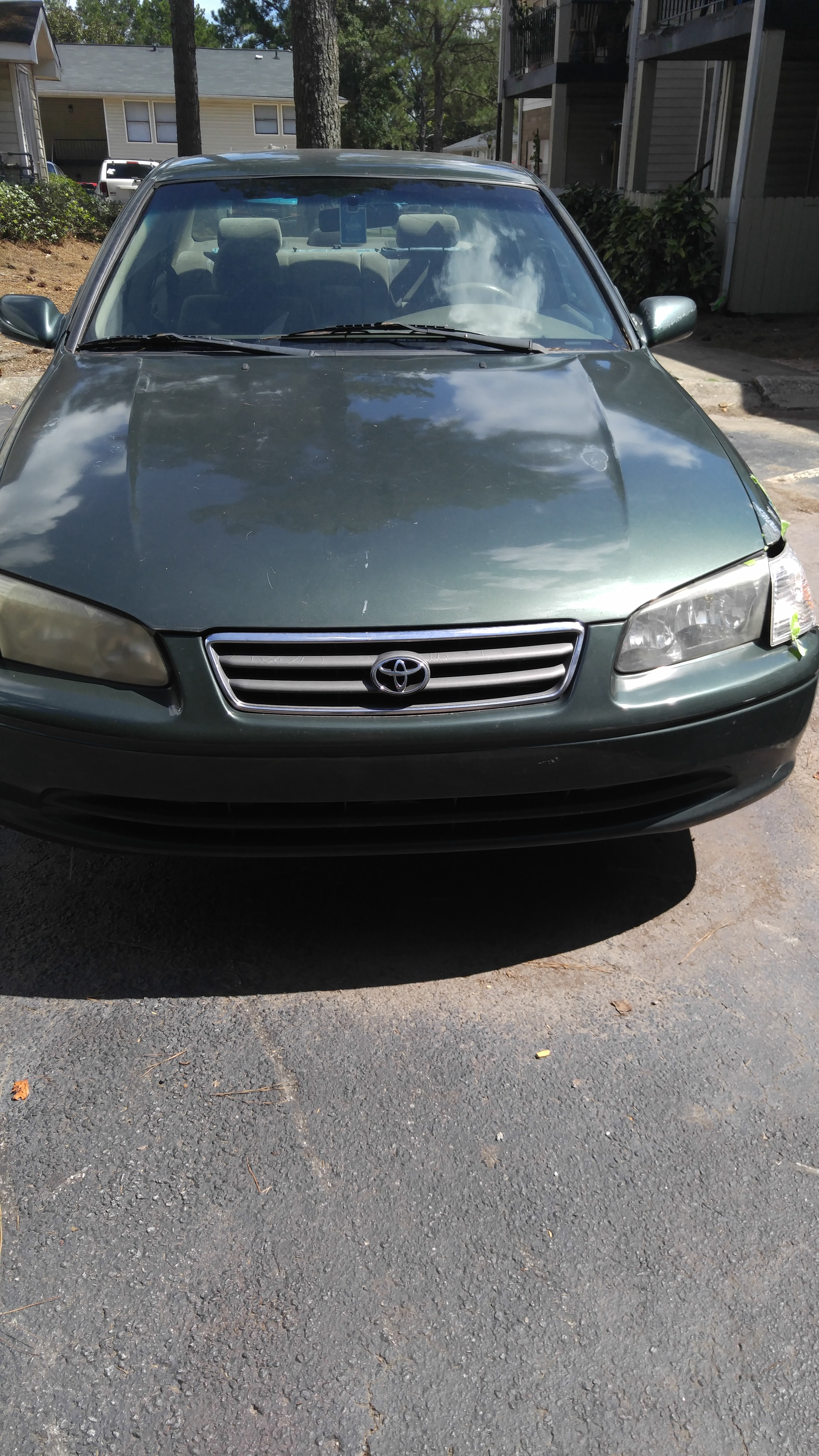 Junk 2000 Toyota Camry in Norcross