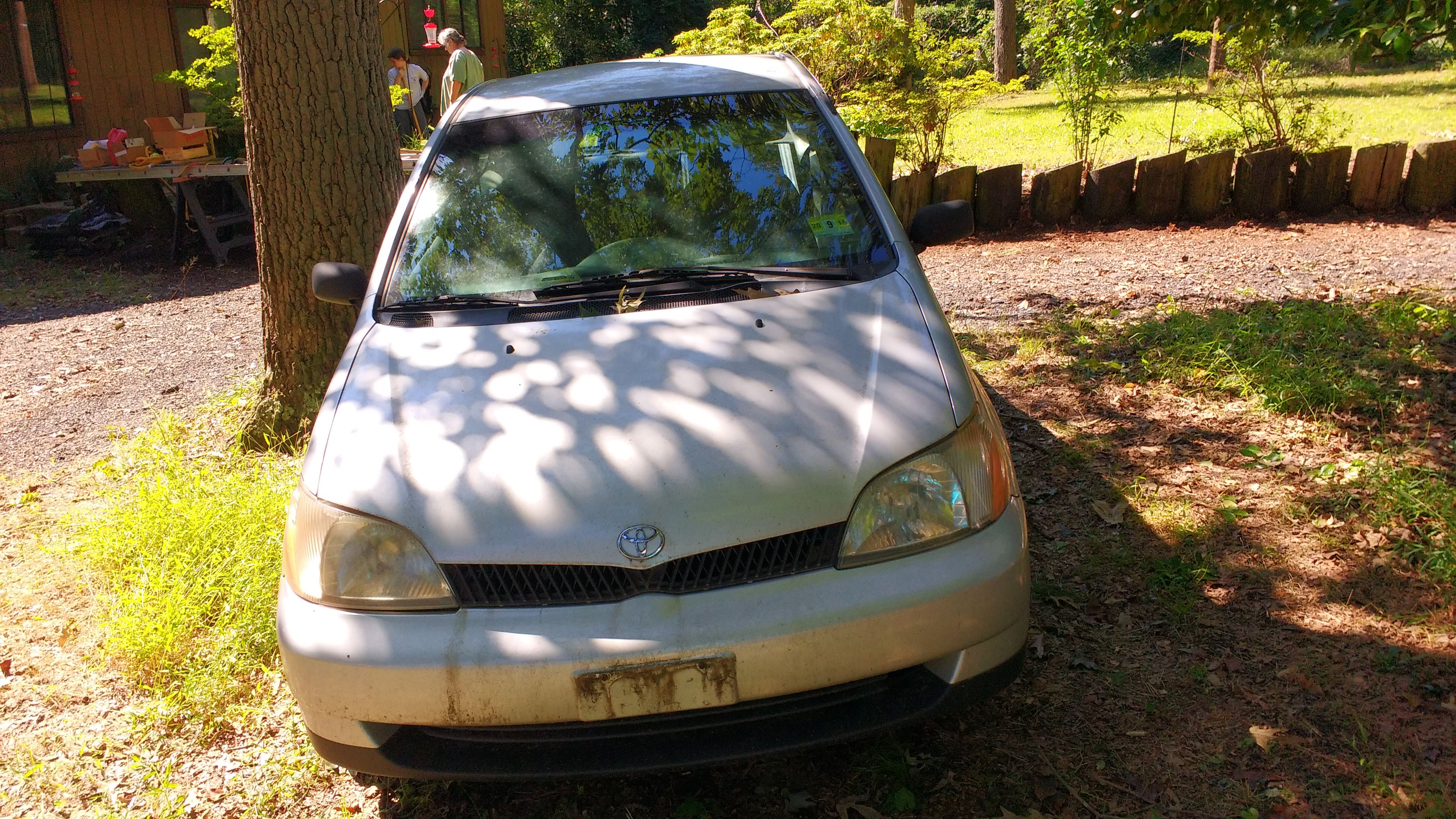 Junk 2000 Toyota Echo in Bridgeton