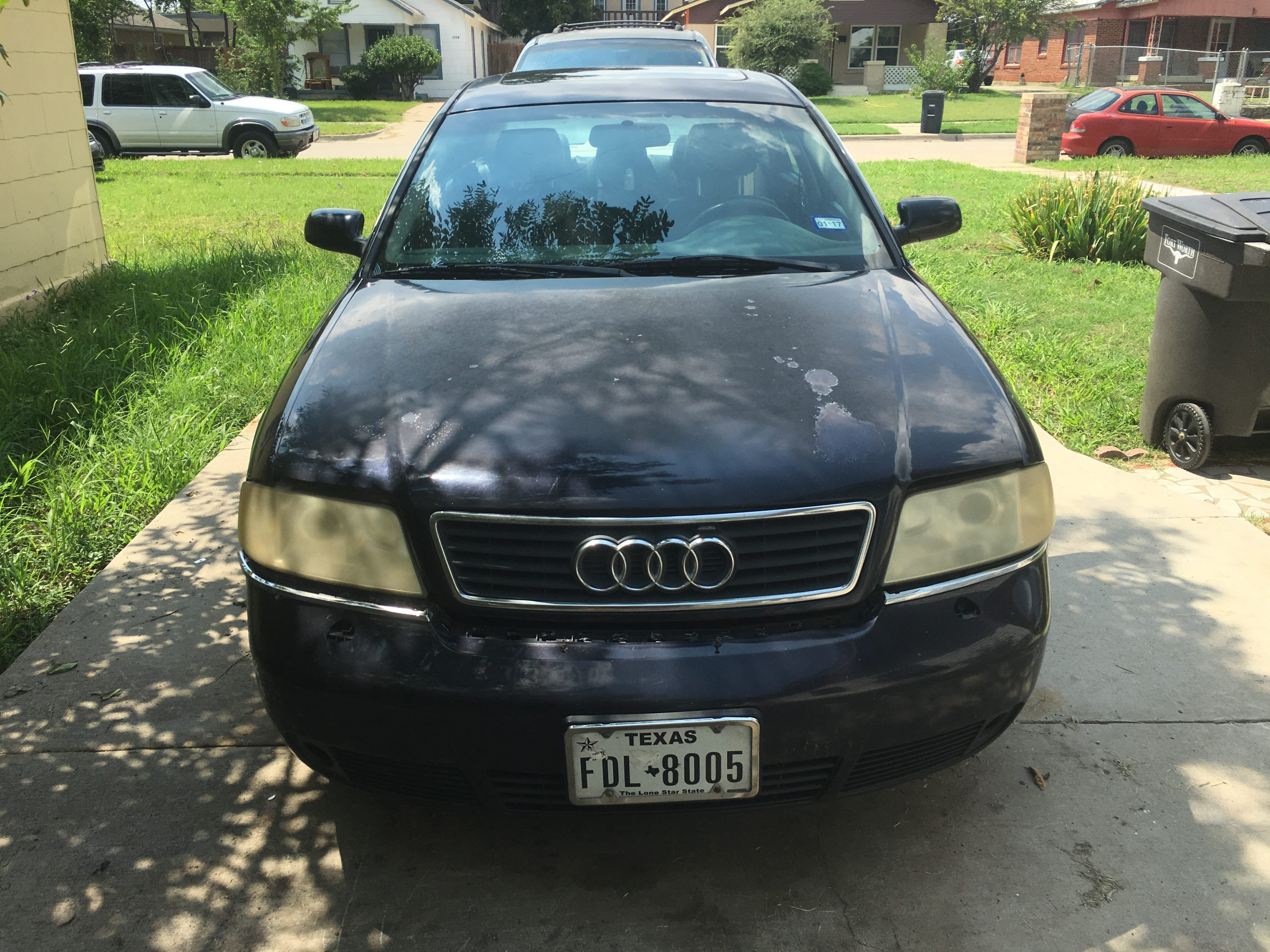 Junk 2001 Audi A6 in Fort Worth