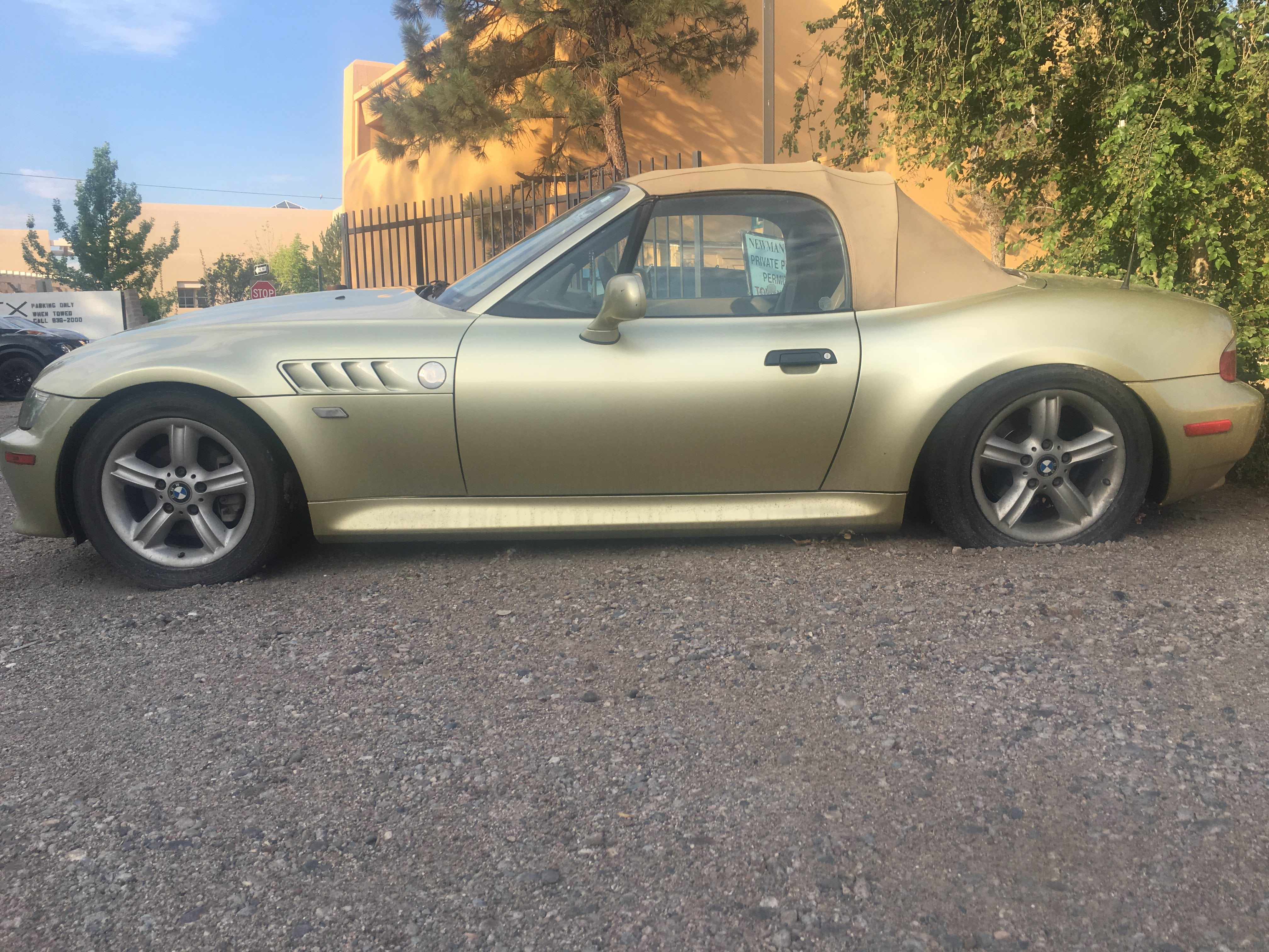 Junk 2001 BMW Z3 in Albuquerque